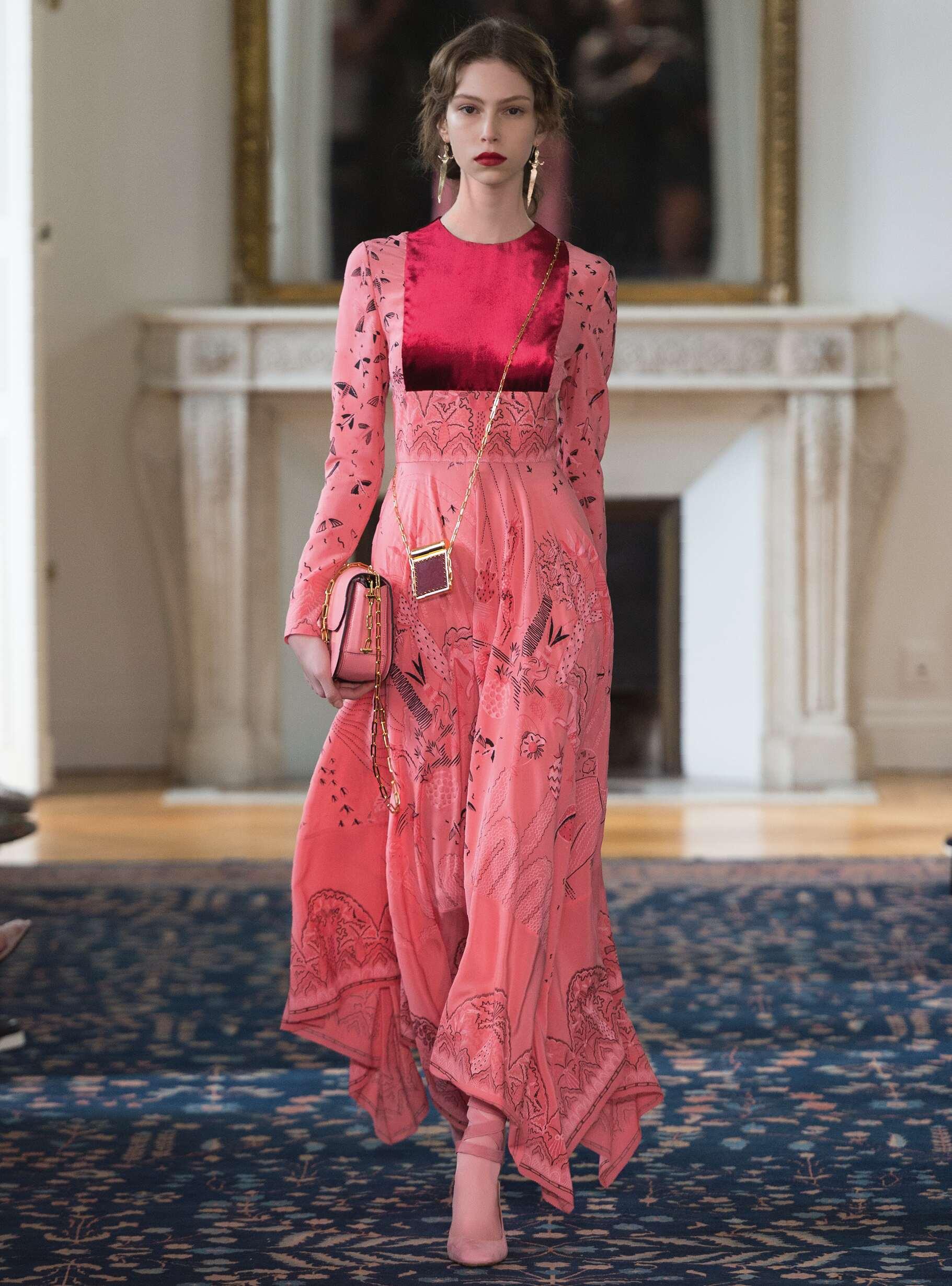 Summer 2017 Woman Trends Valentino