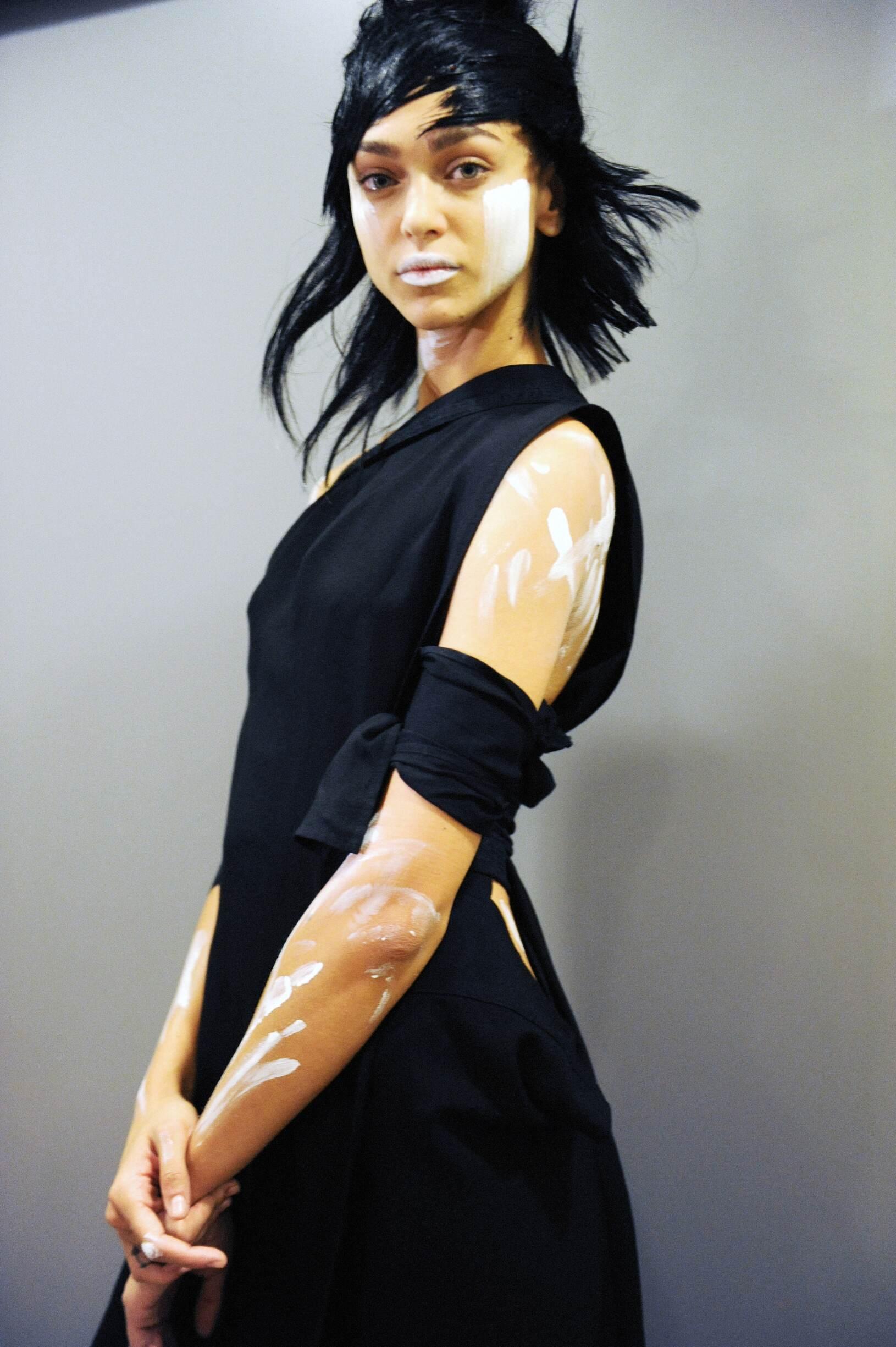 Yohji Yamamoto Backstage Fashion Model Paris