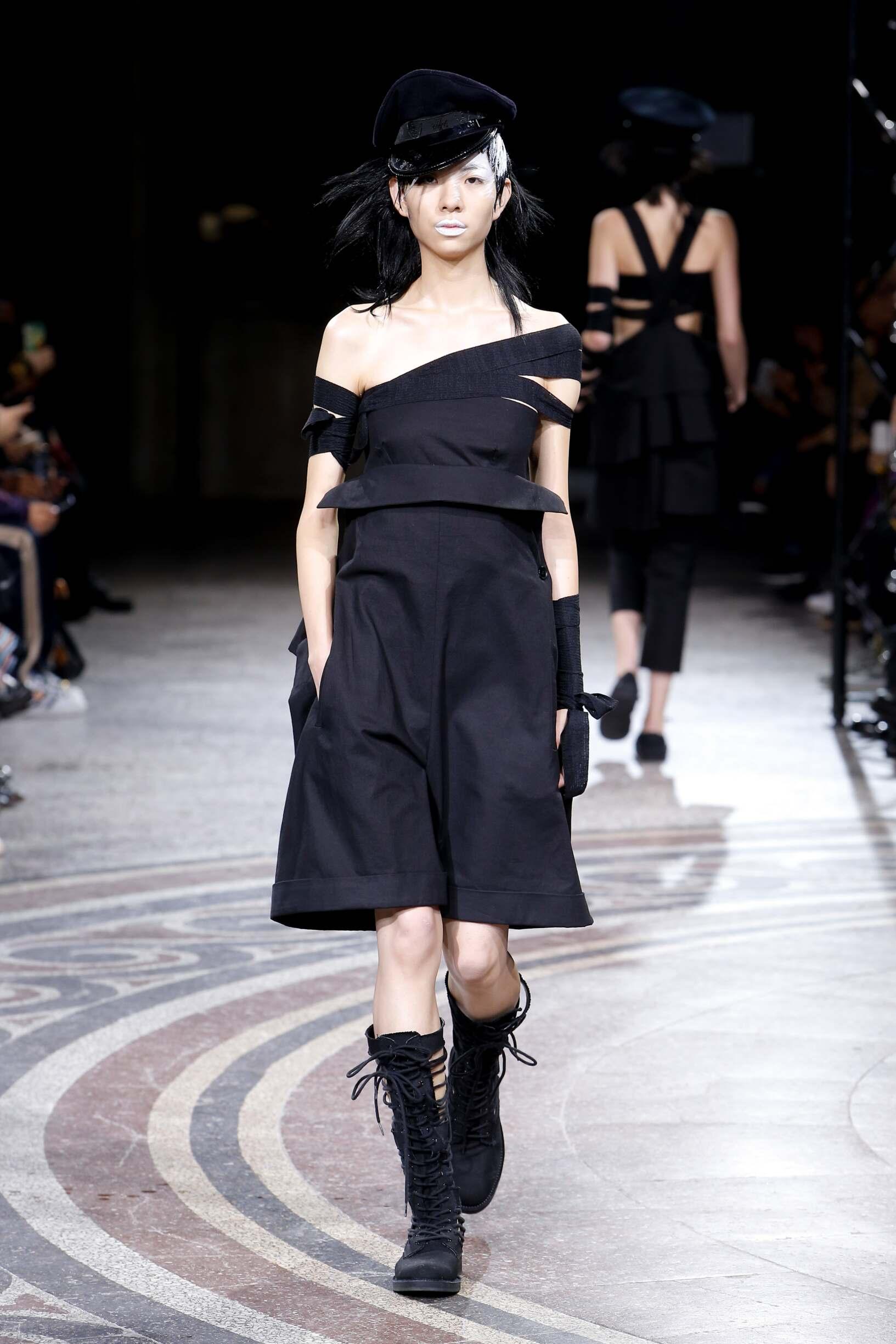 Yohji Yamamoto Fashion Show SS 2017