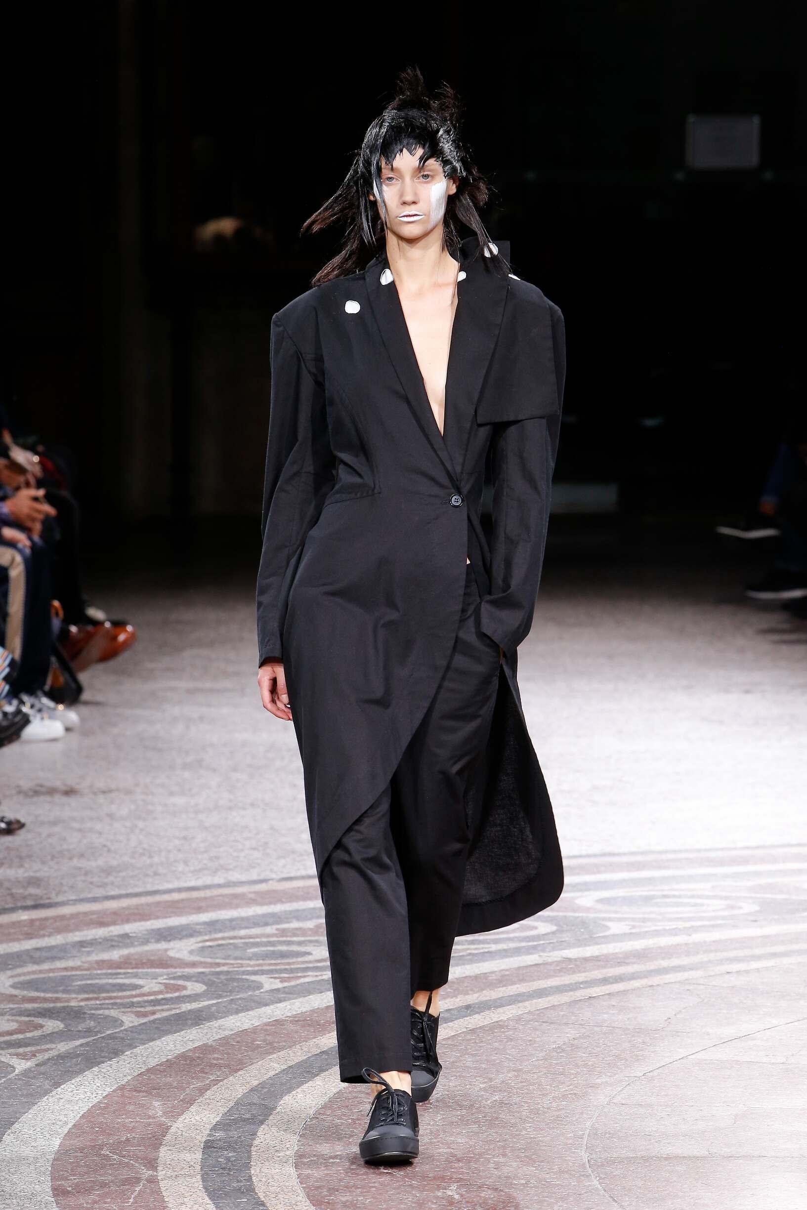 Yohji Yamamoto SS 2017 Womenswear