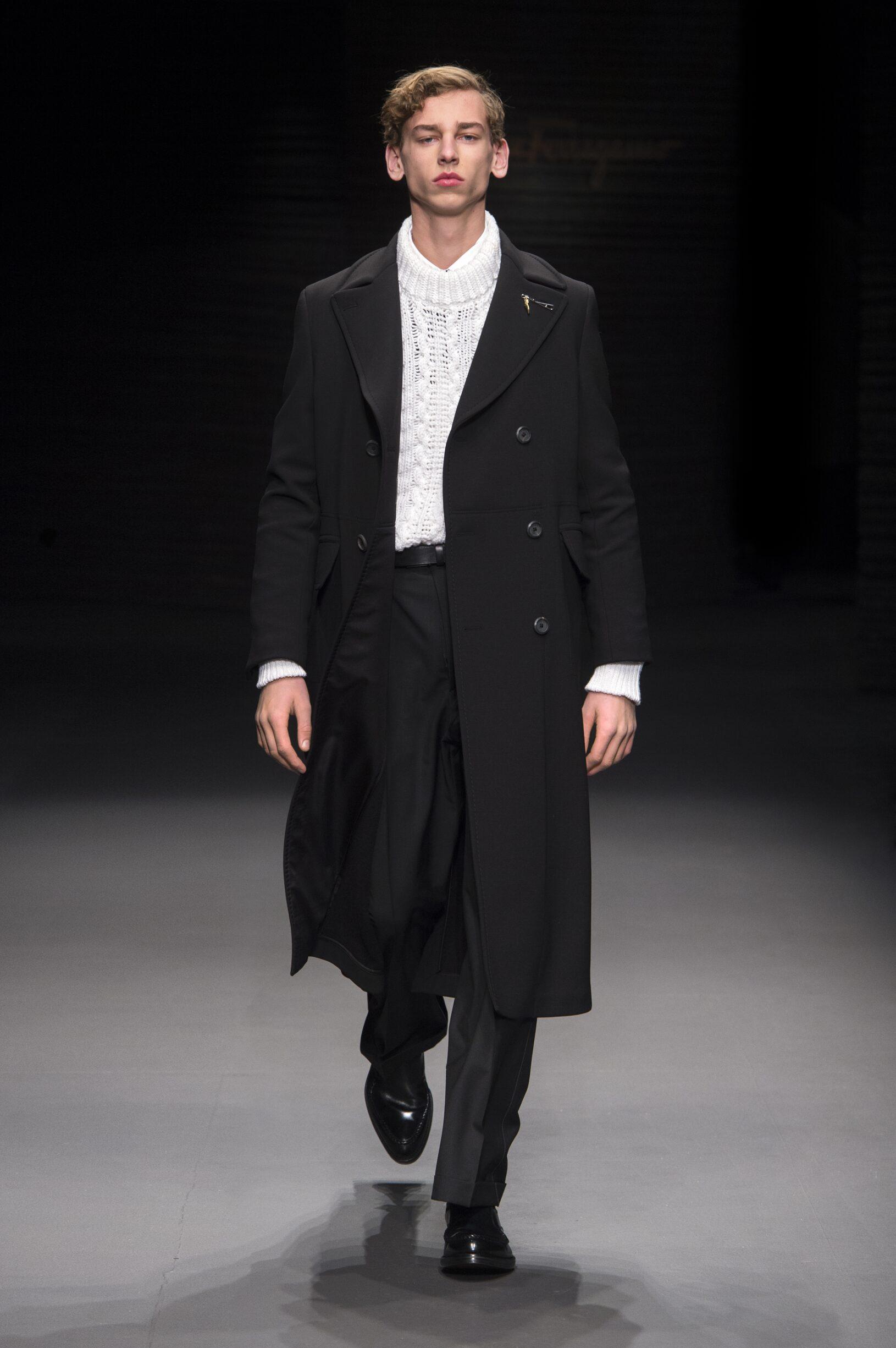 2017 Catwalk Salvatore Ferragamo Man Fashion Show Winter