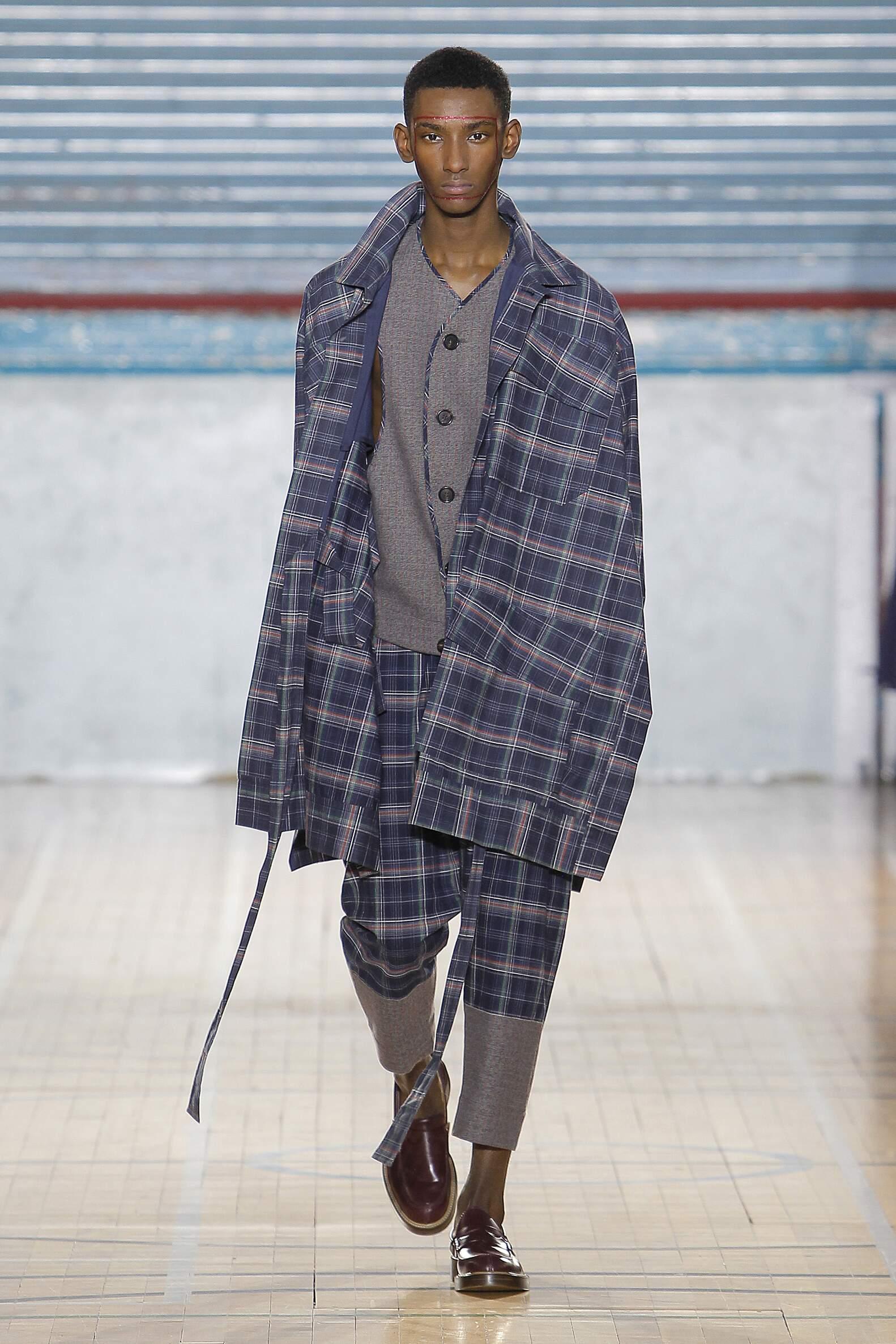 2017 Catwalk Vivienne Westwood