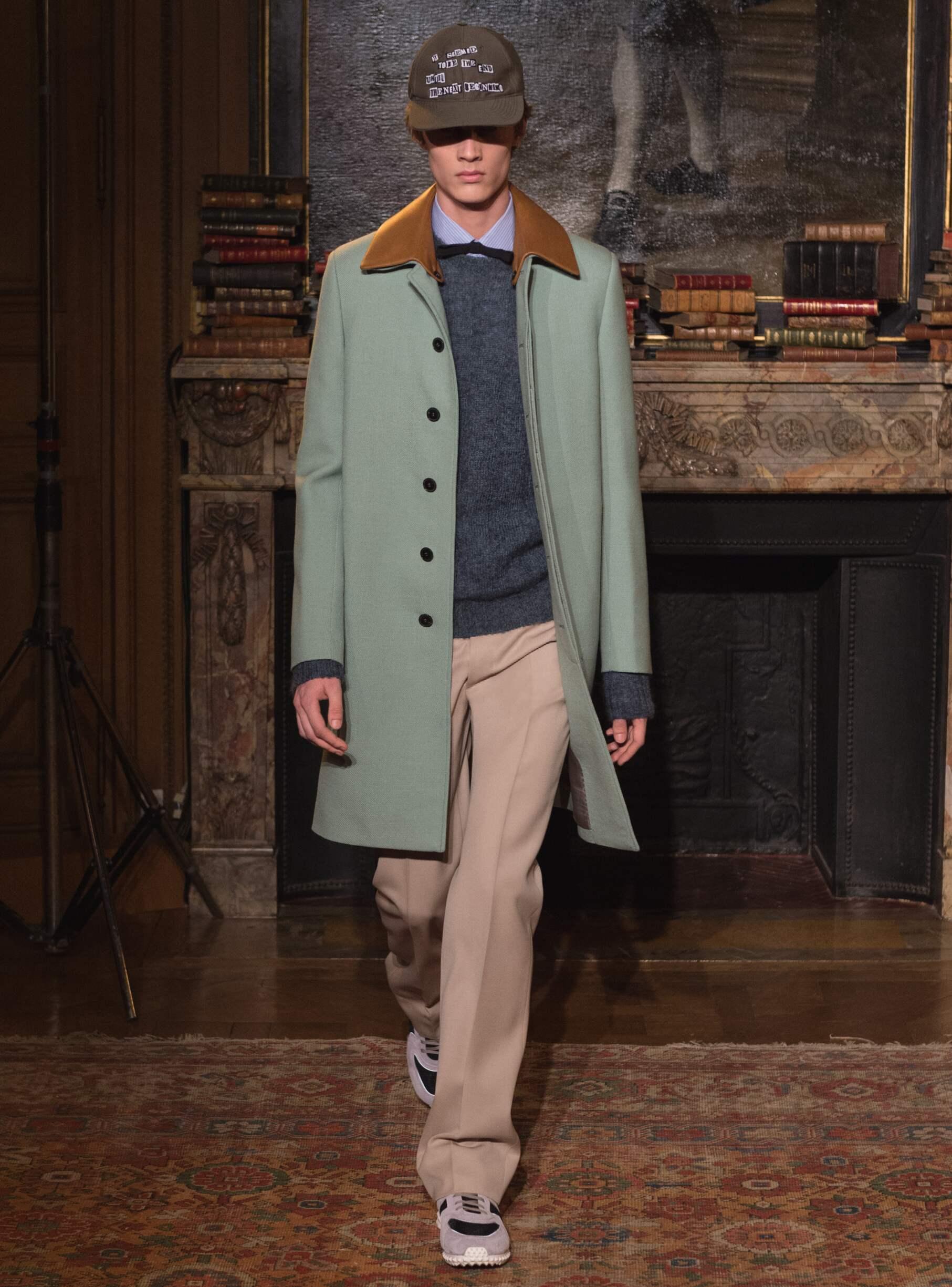 2017 Fashion Trends Valentino