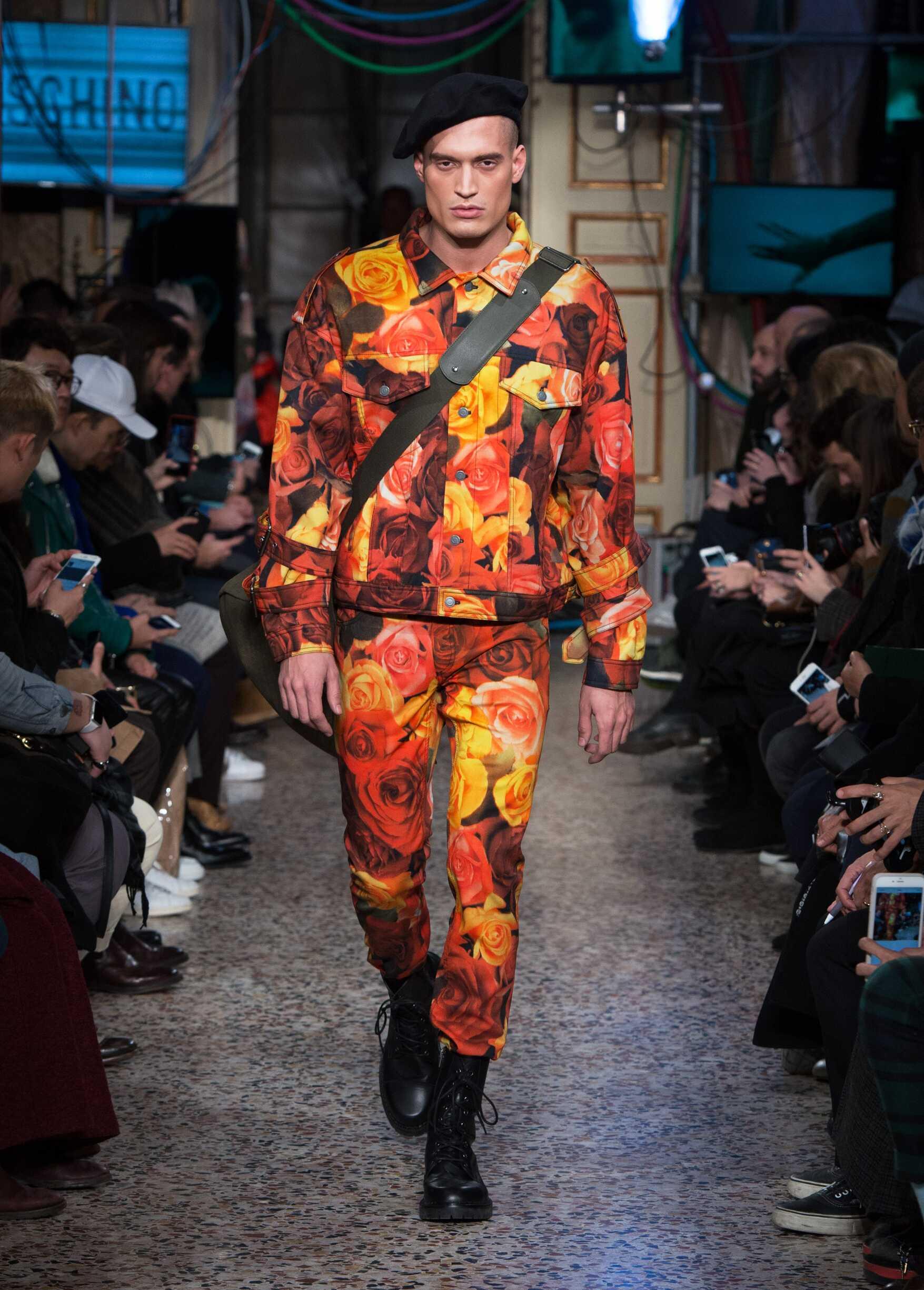 2017 Man Style Moschino