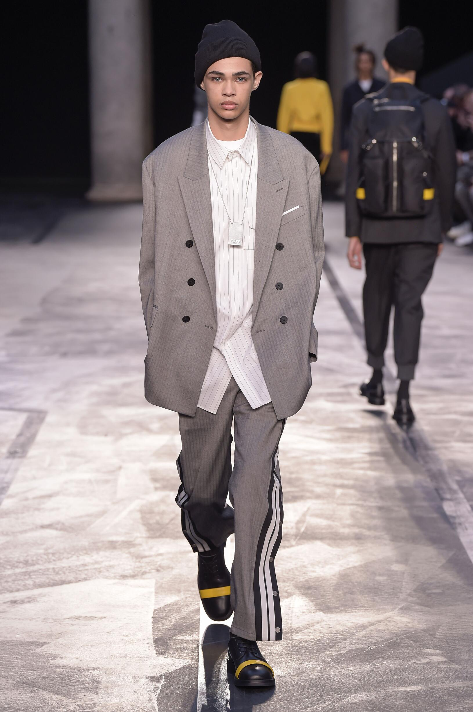 2017 Neil Barrett Fall Catwalk