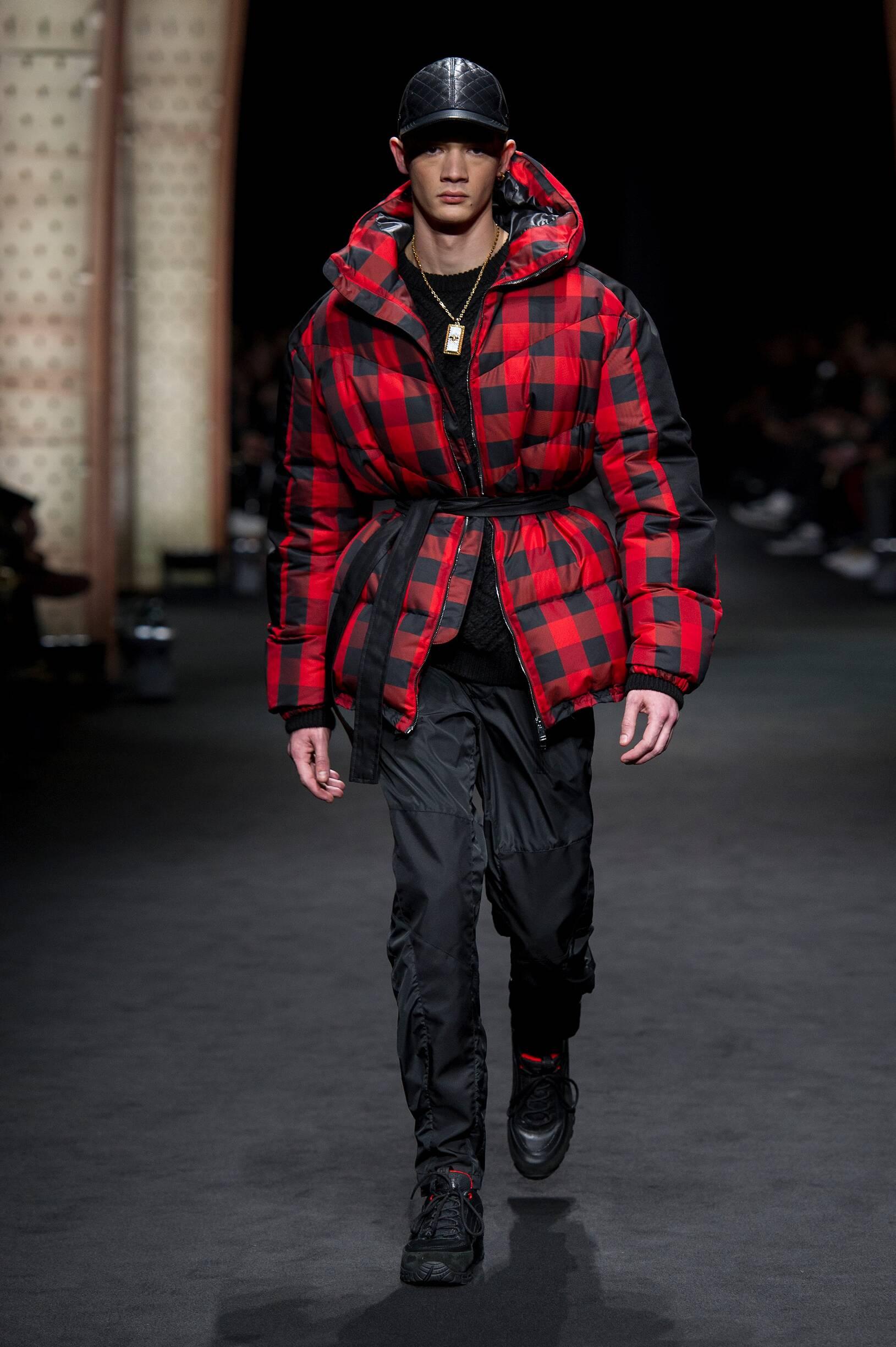 2017 Versace Fall Winter Man