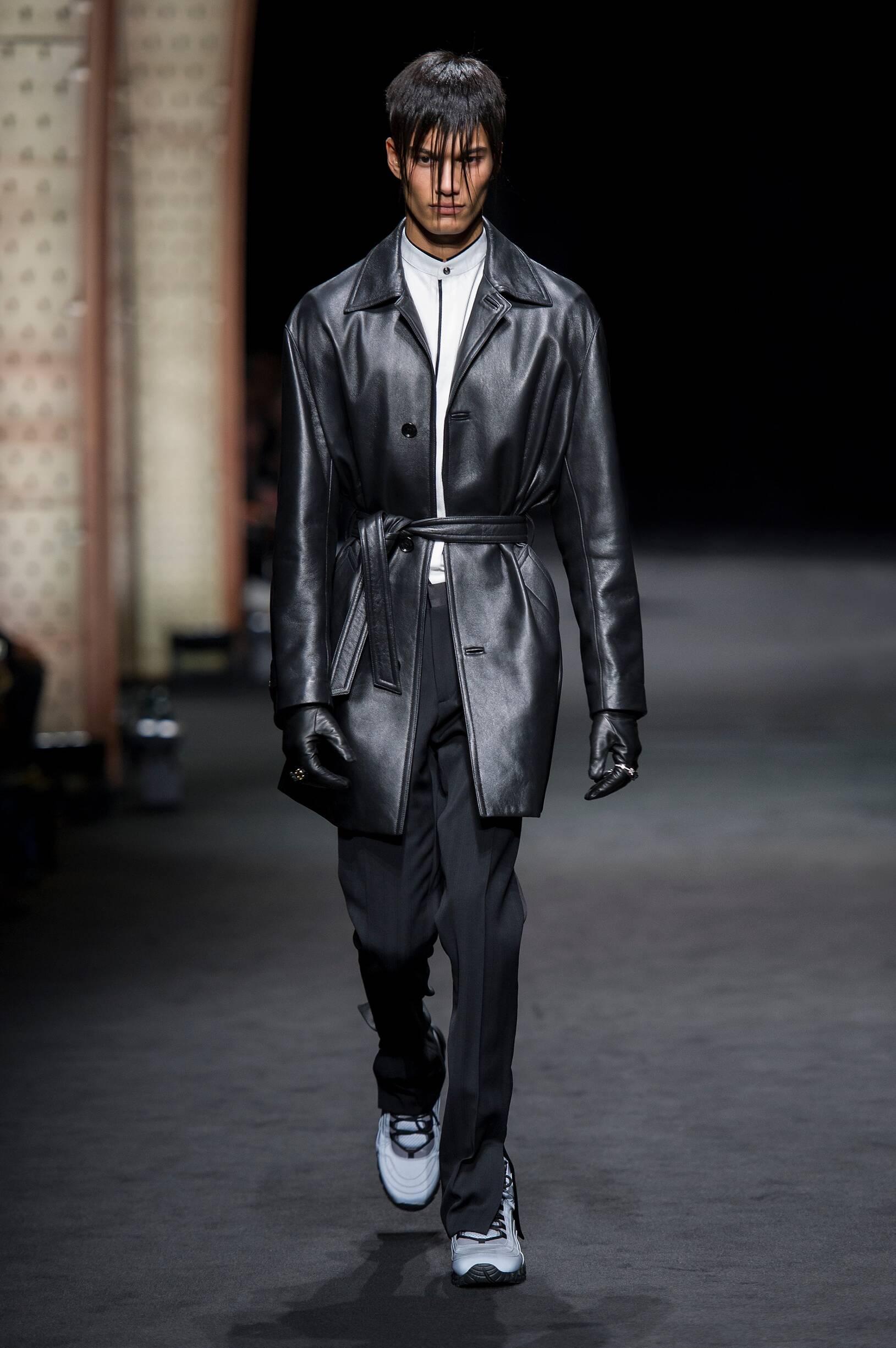 2017 Versace Winter Catwalk