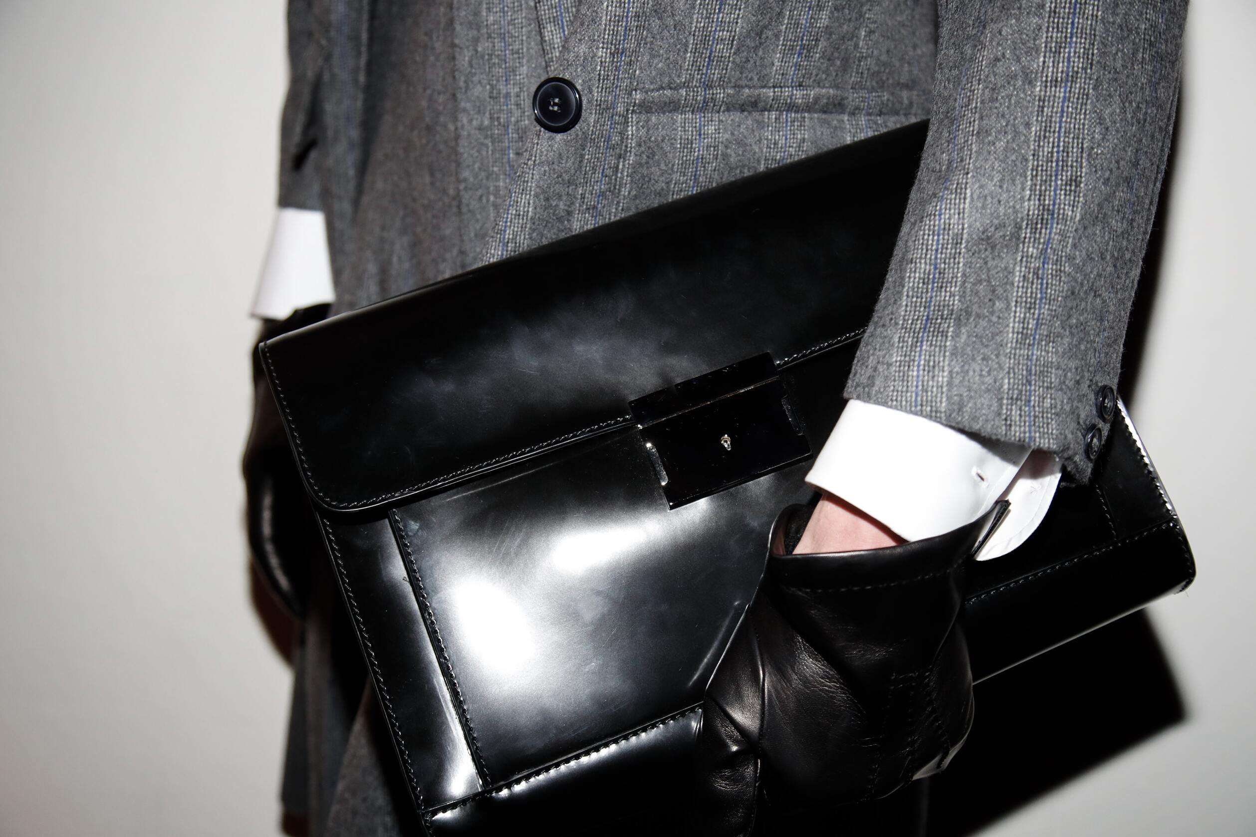Backstage Daks Model Milan Detail Bag