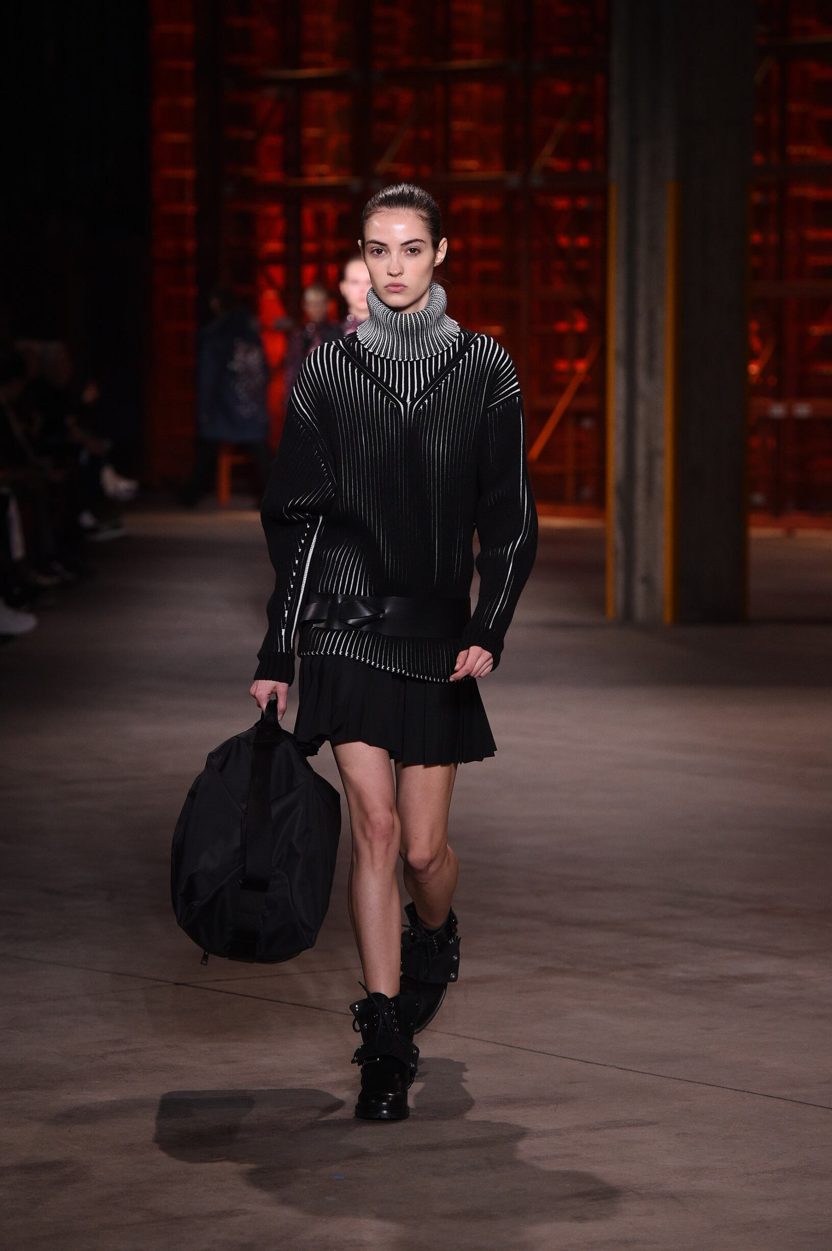 Diesel Black Gold Fall 2018 Woman Catwalk