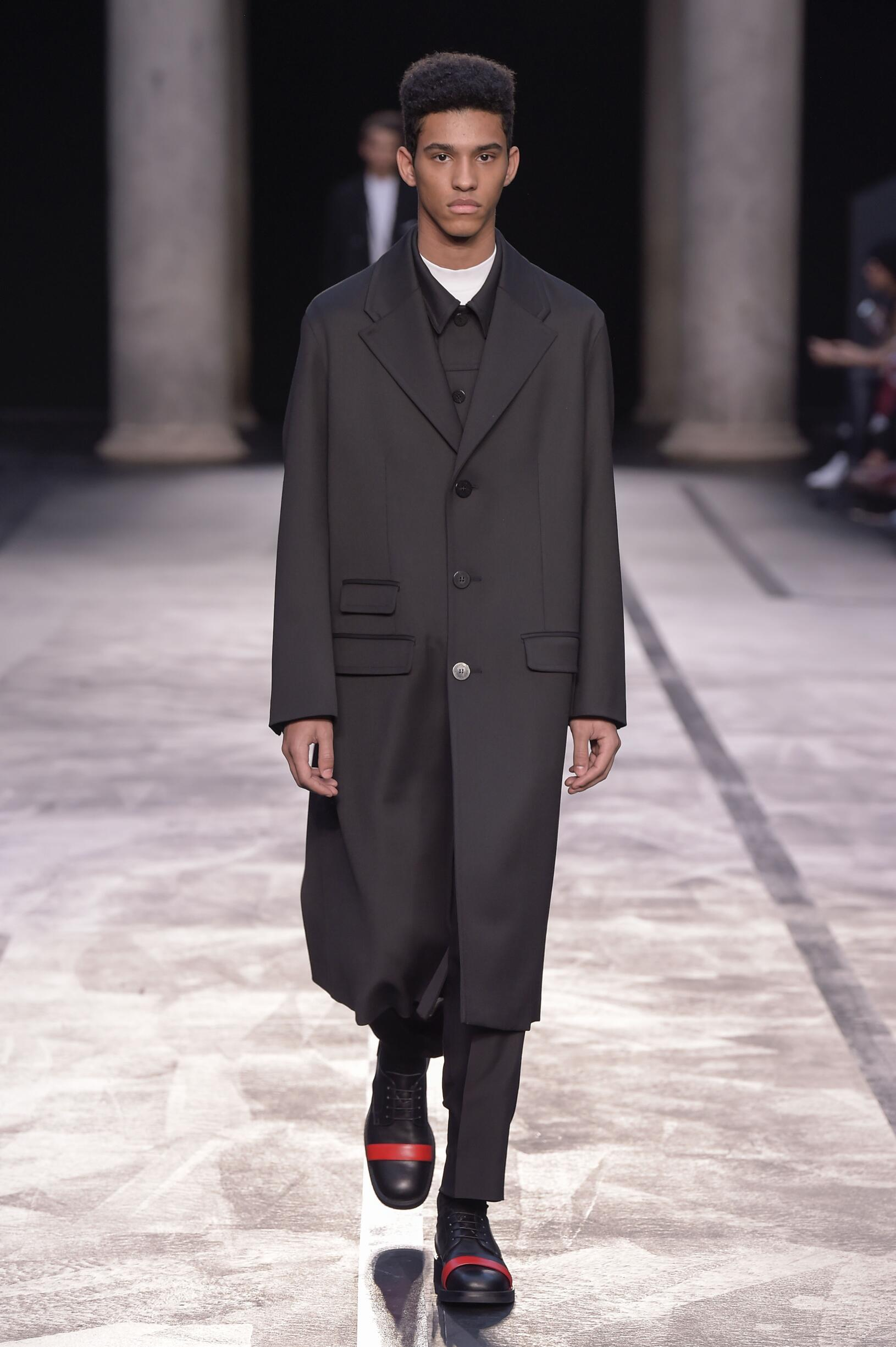 FW 2017 Neil Barrett Fashion Show