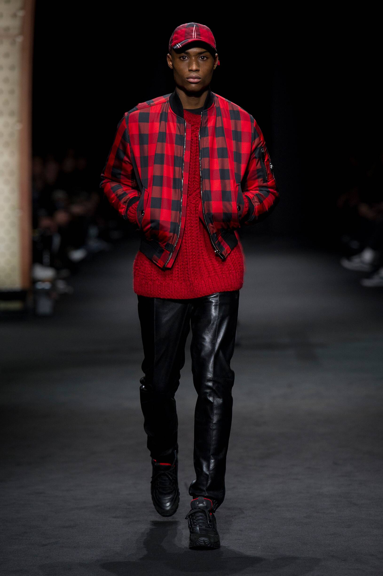 Fall Winter 2017 Man Milan Versace Collection