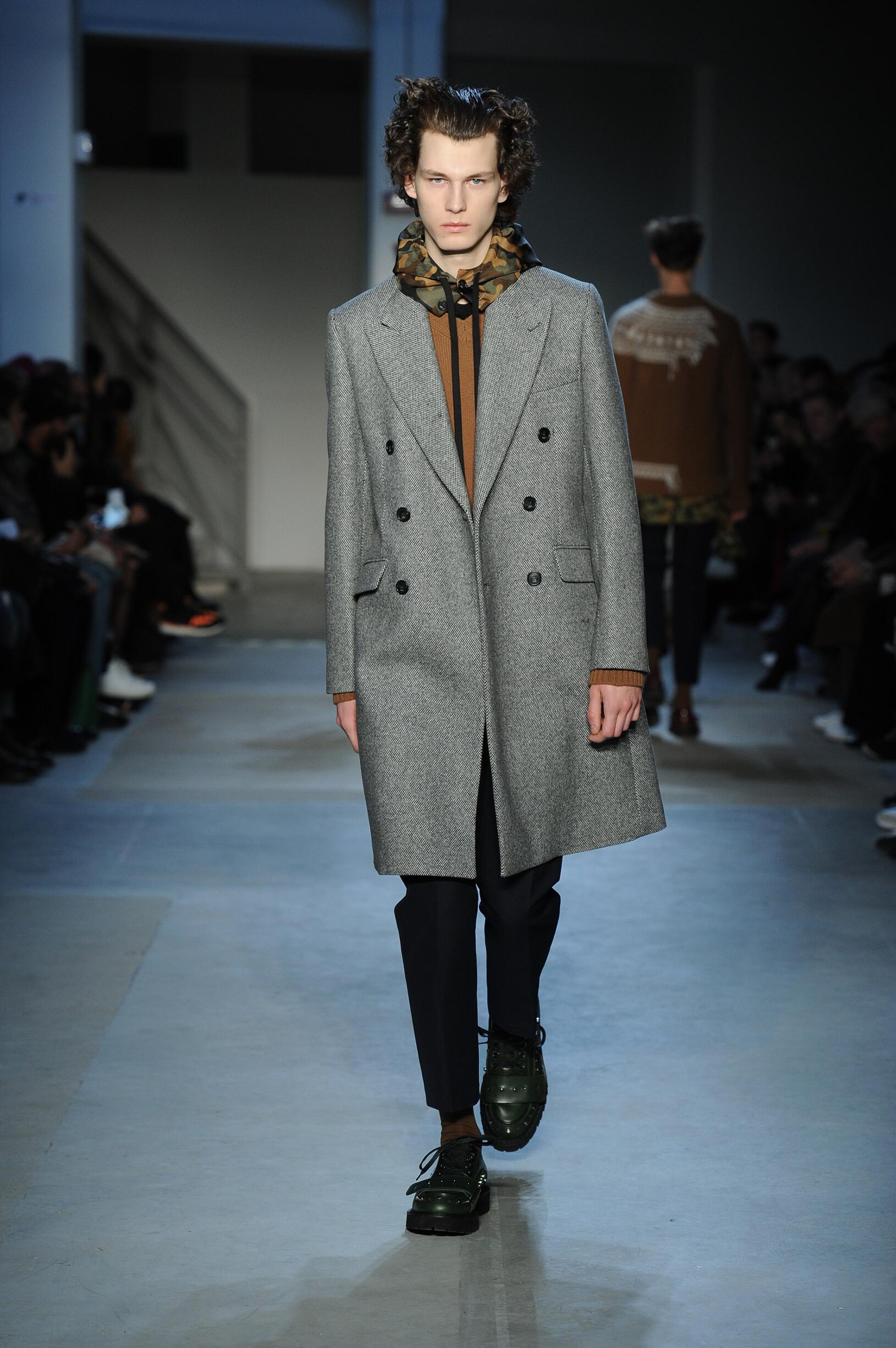 Fashion Man Model N°21 Catwalk
