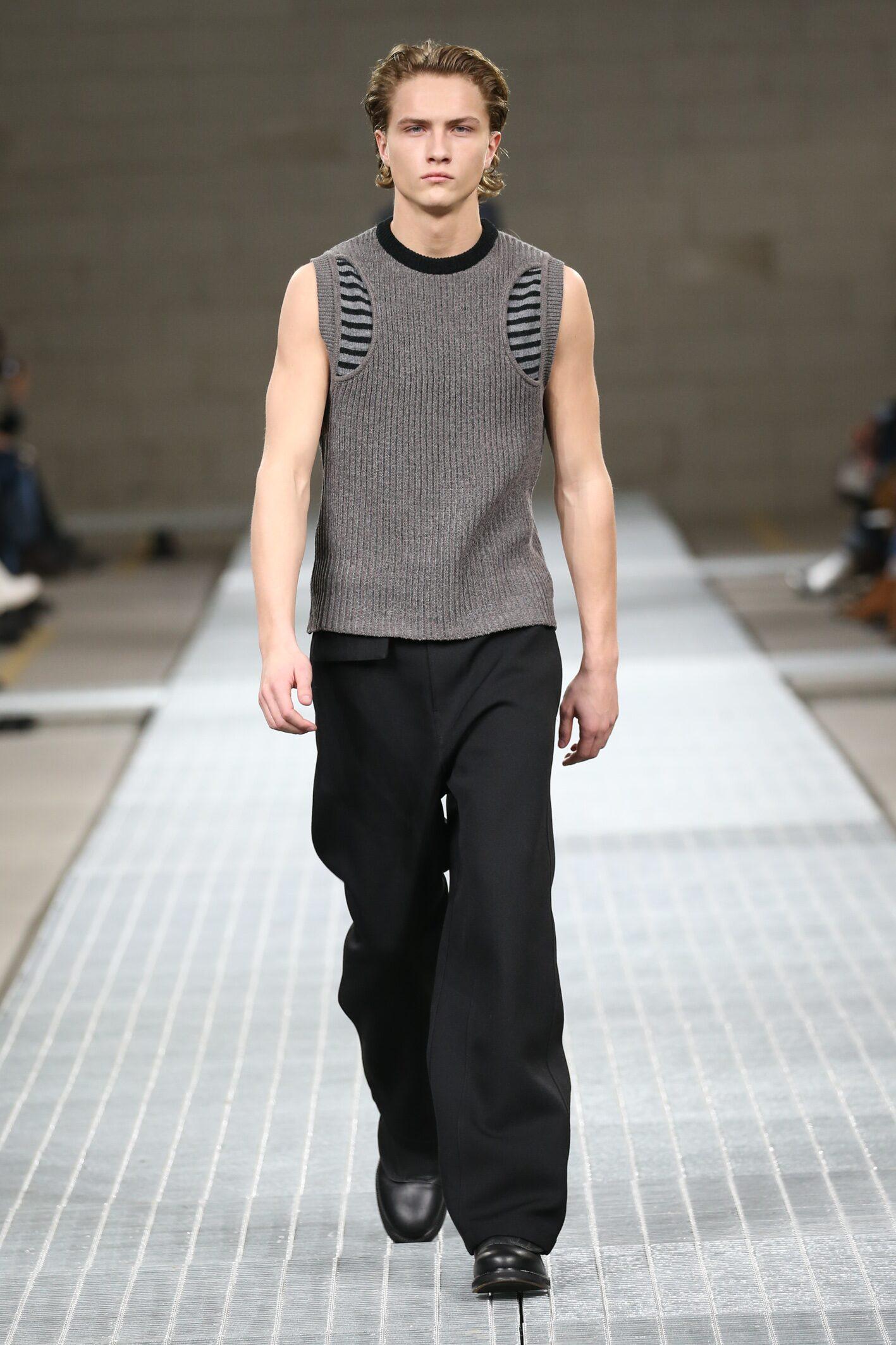 Model Fashion Show Dirk Bikkembergs