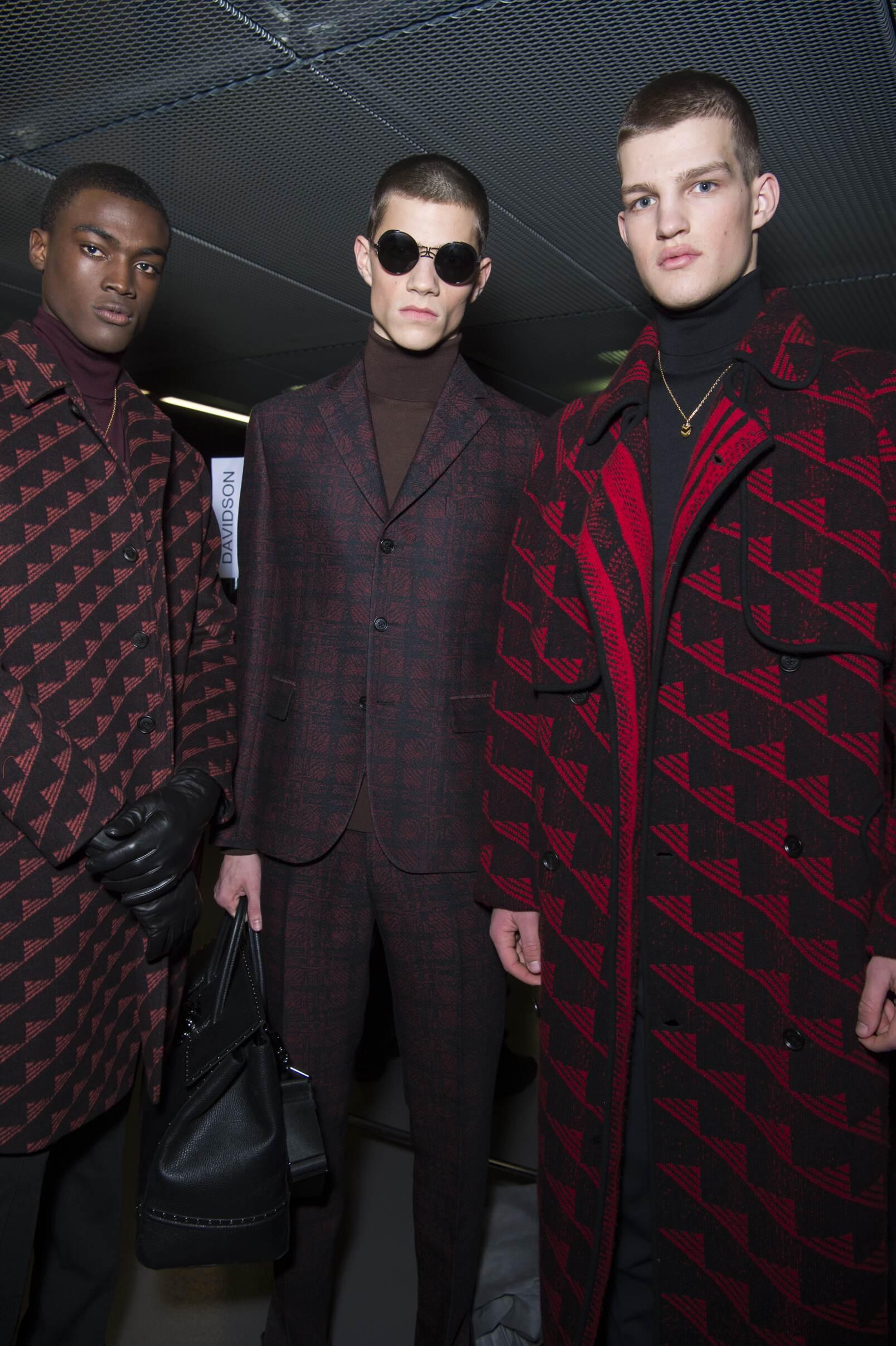 Models Versace Milan Fashion week