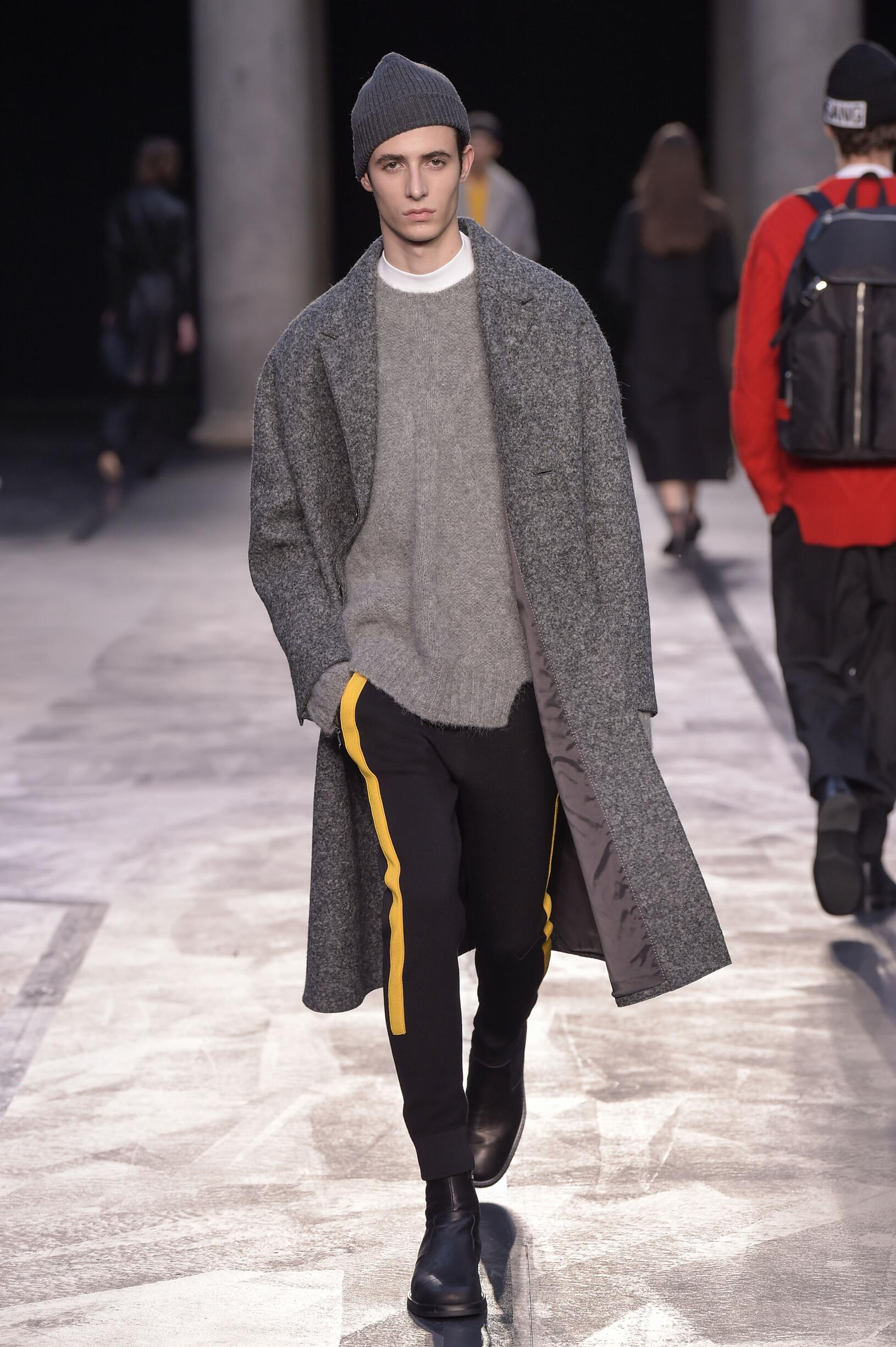 Neil Barrett Fall 2017 Catwalk