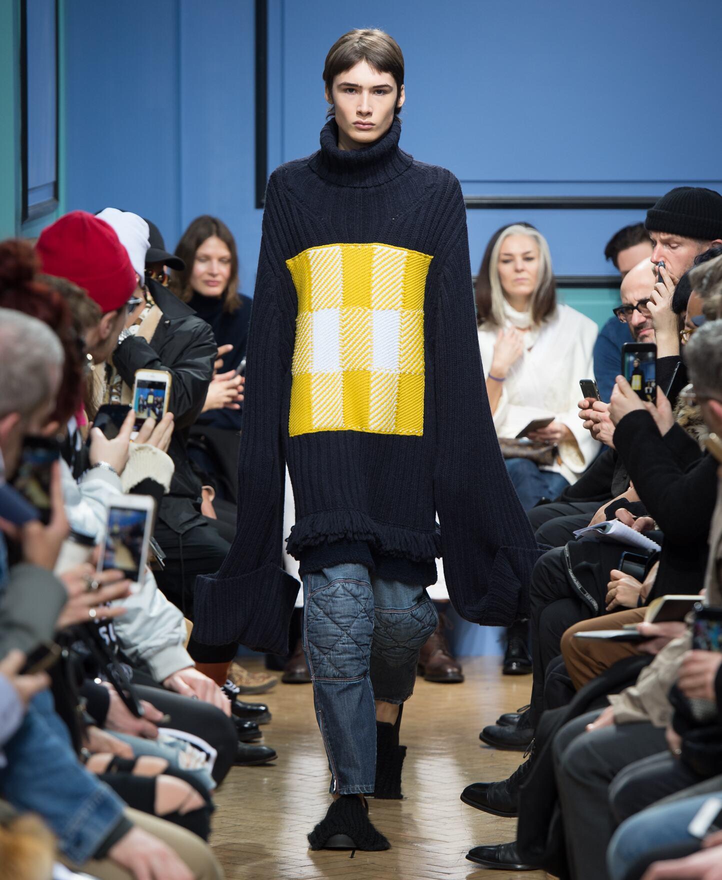 Runway J.W Anderson Fall Winter 2017 Men's Collection London Fashion Week