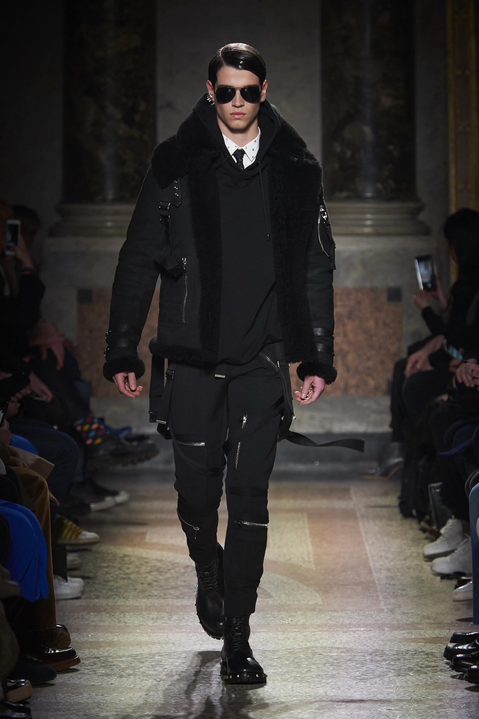 Runway Les Hommes Fall Winter 2017 Men's Collection Milan Fashion Week