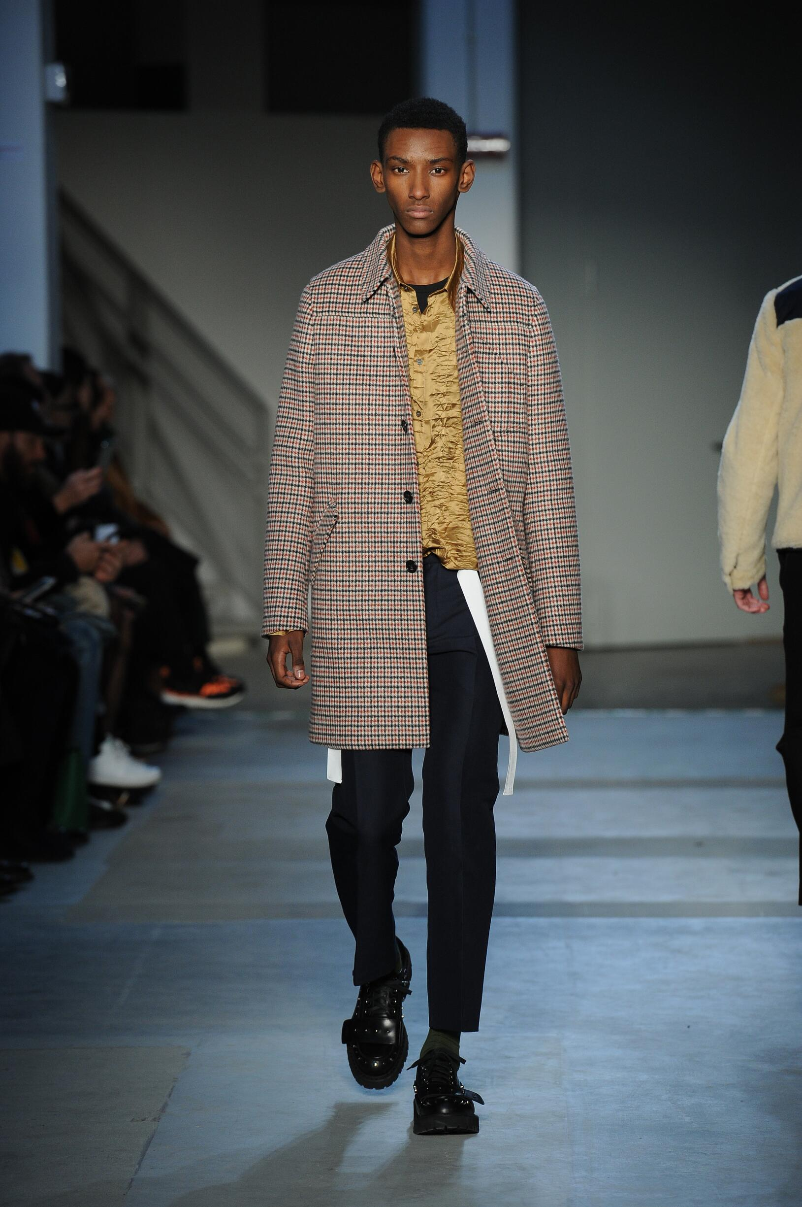 Runway N°21 Fall Winter 2017 Men Collection Milan Fashion Week