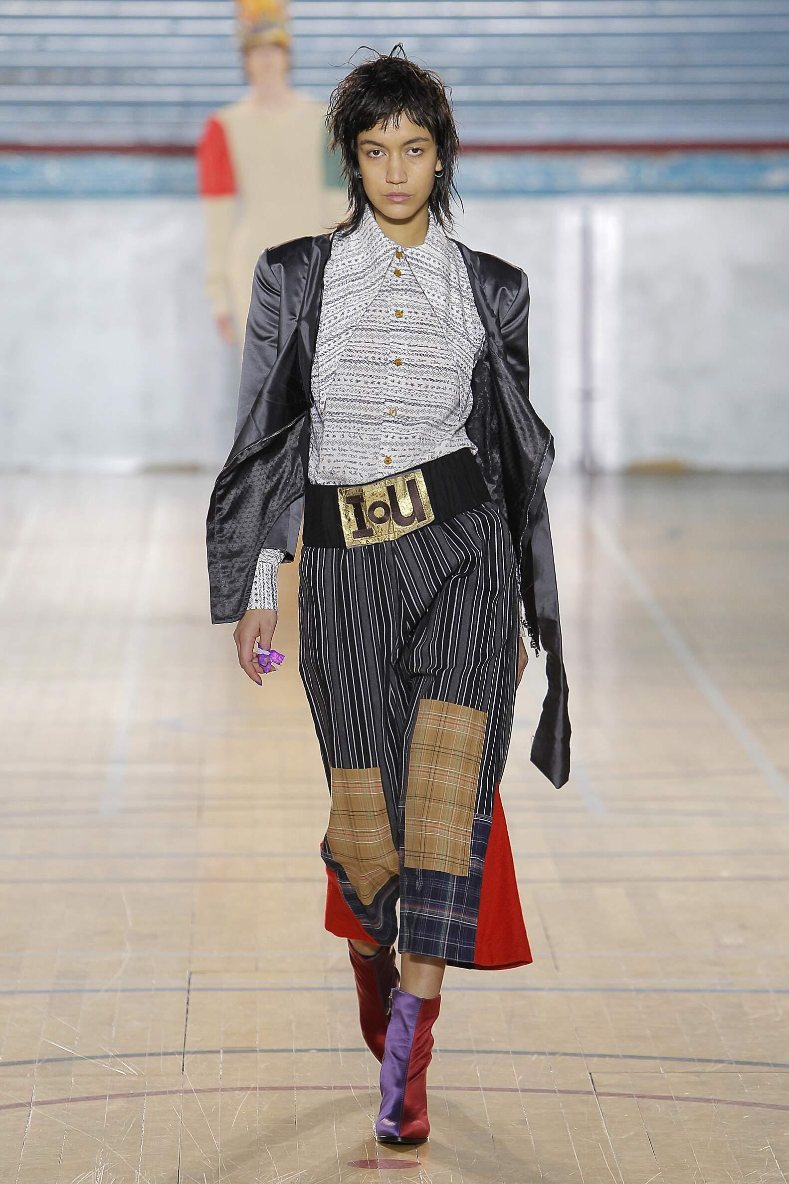 Woman FW 2017 Vivienne Westwood Fashion Show