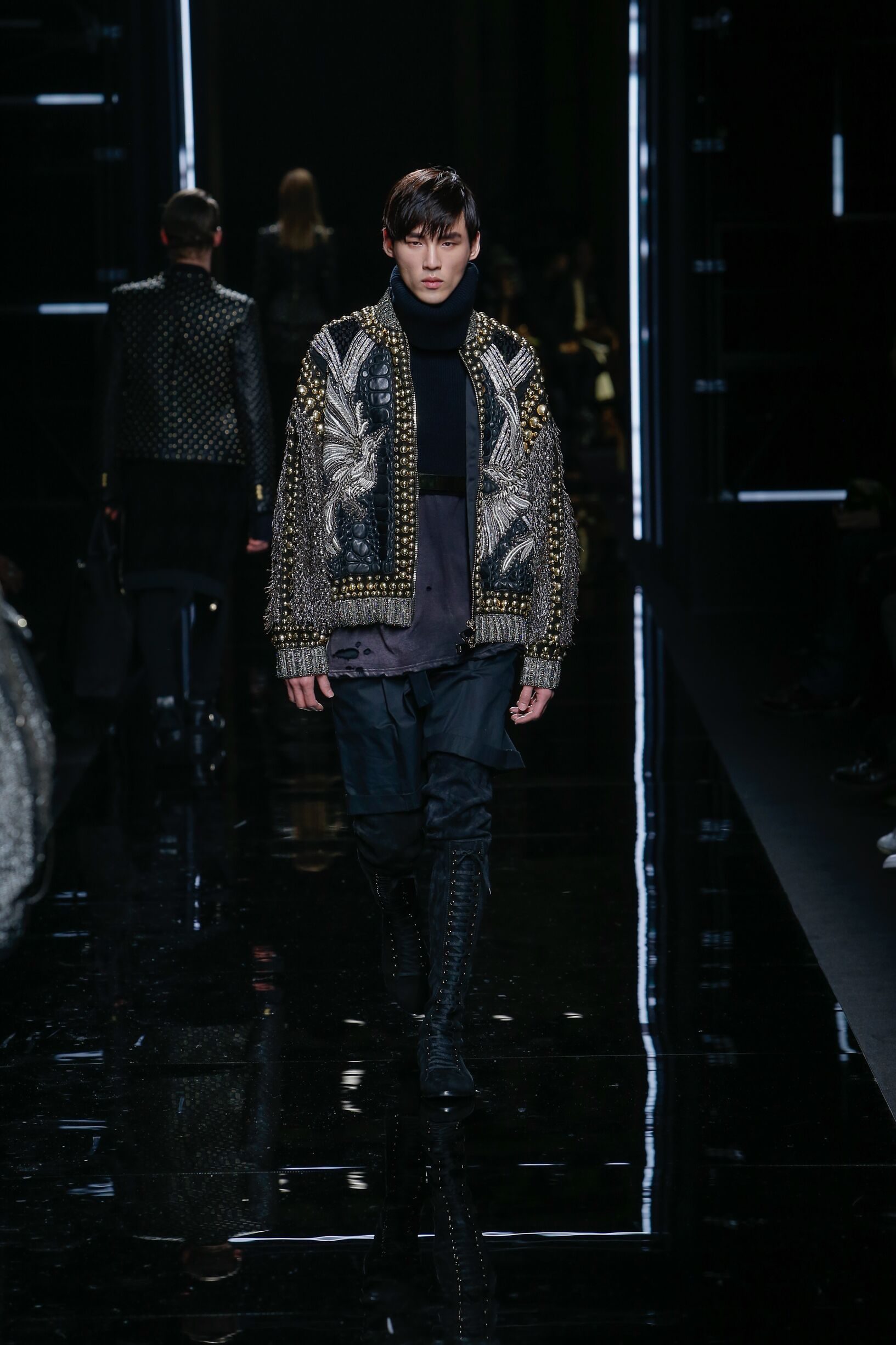 2017 Catwalk Balmain Man Fashion Show Winter