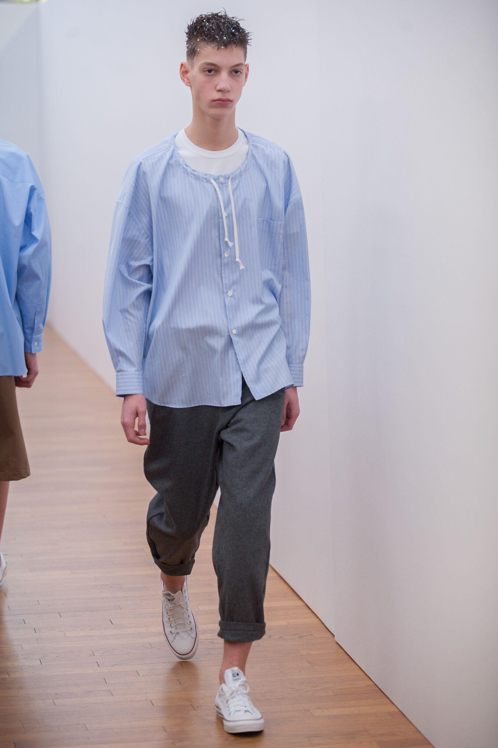 2017 Comme Des Garçons Shirt Fall Catwalk