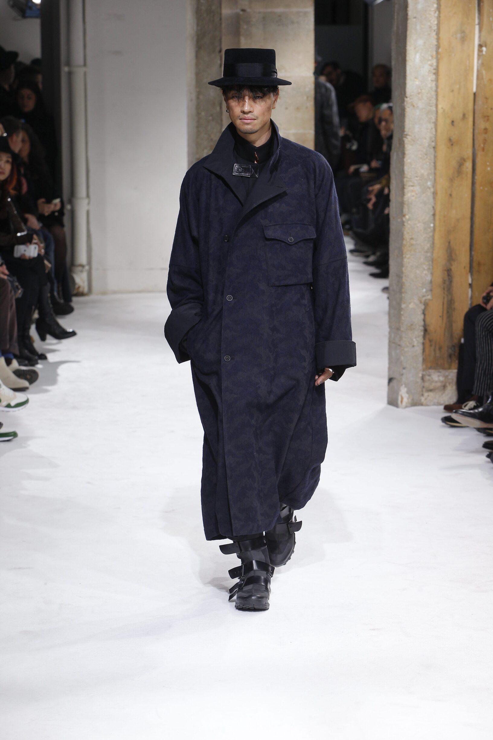 2017 Yohji Yamamoto Winter Catwalk
