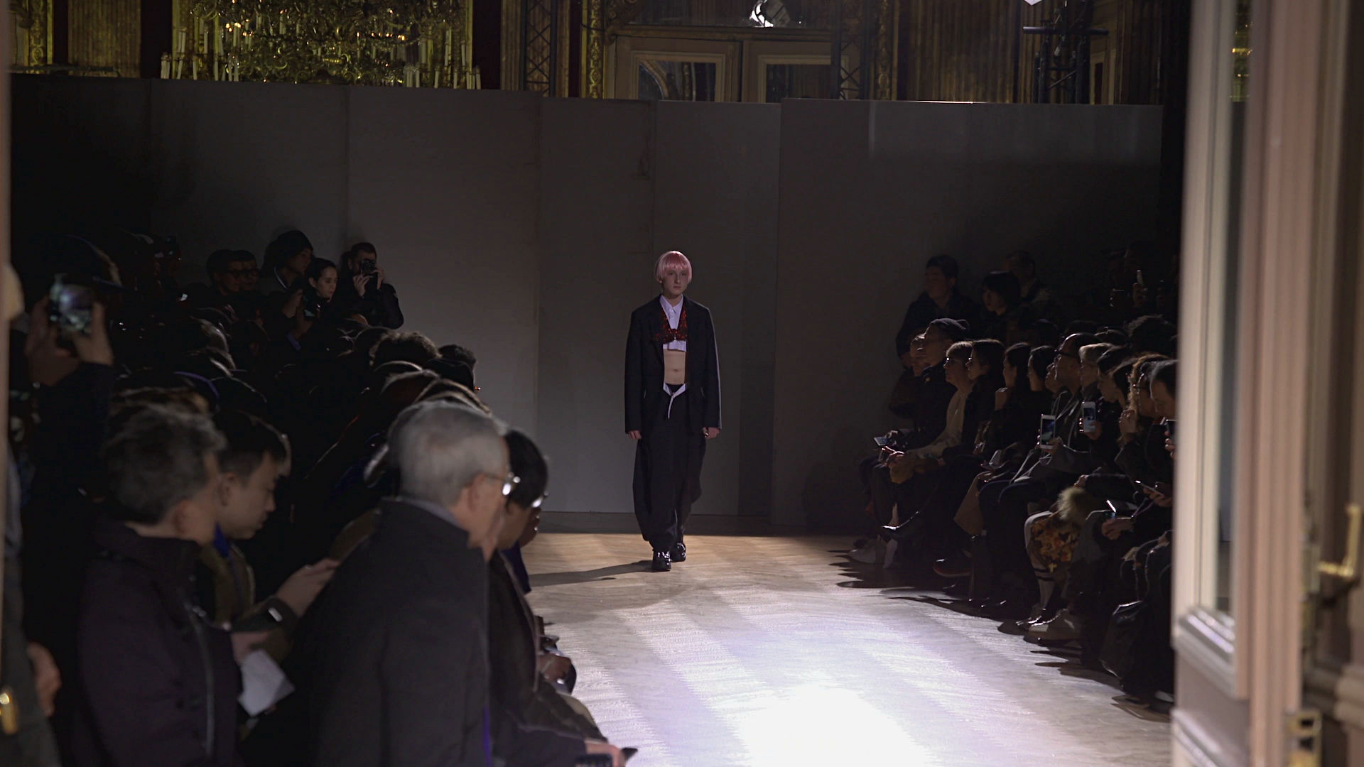 Comme des Garçons Fall Winter 2017-18 Fashion Show - Paris Fashion Week