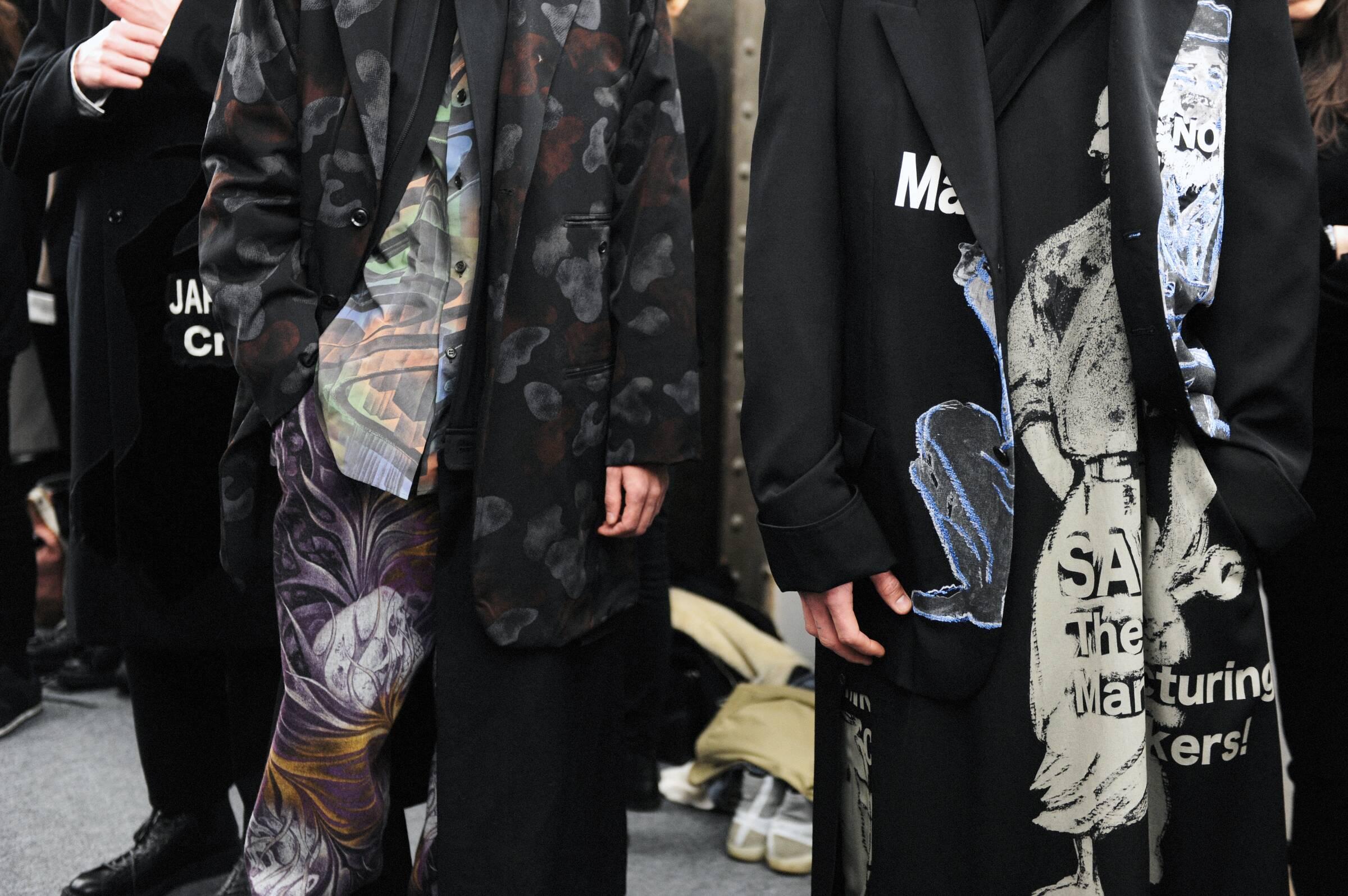 Details Backstage Yohji Yamamoto Fashion Show 2017-18