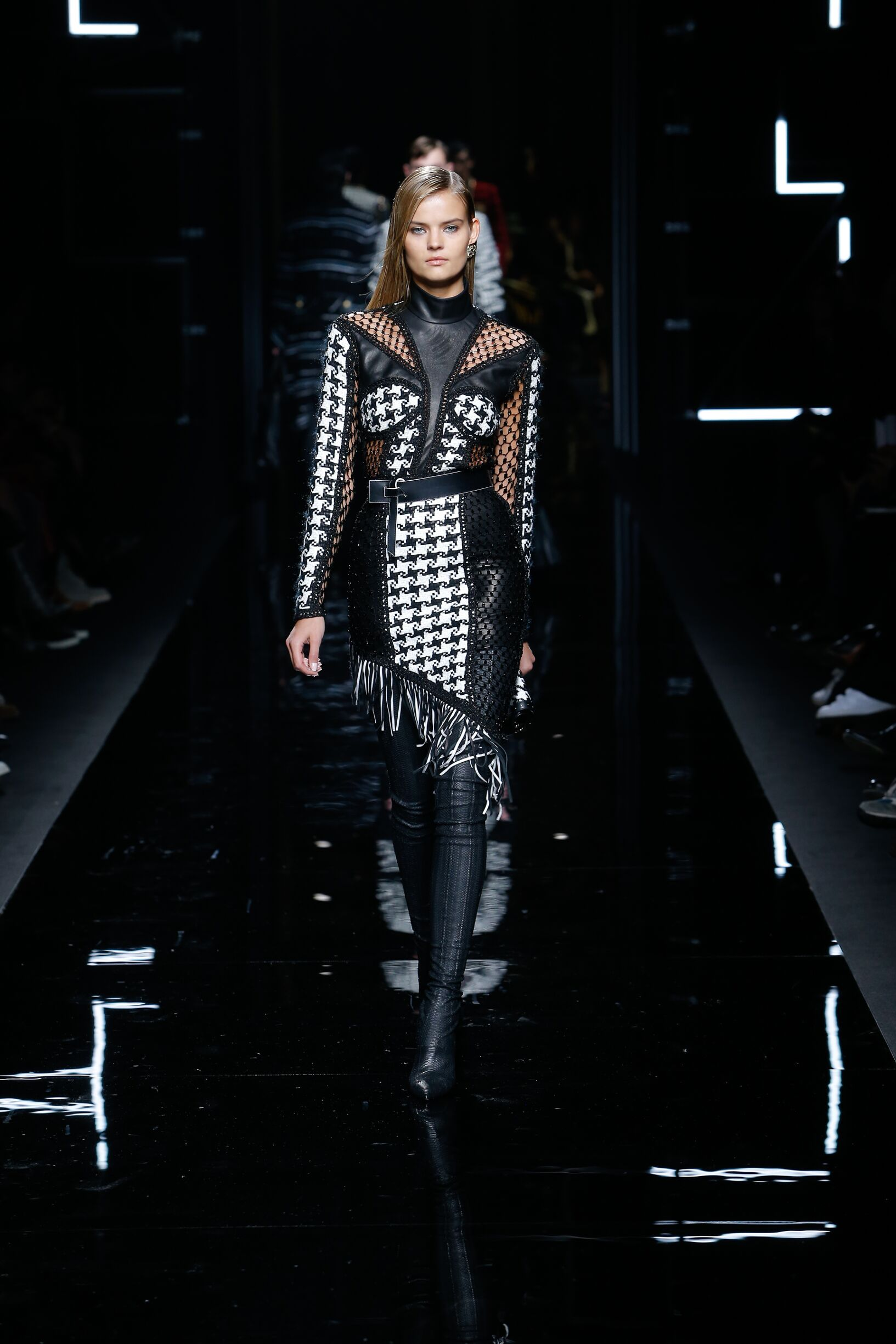 Fashion 2017-18 Woman Style Balmain