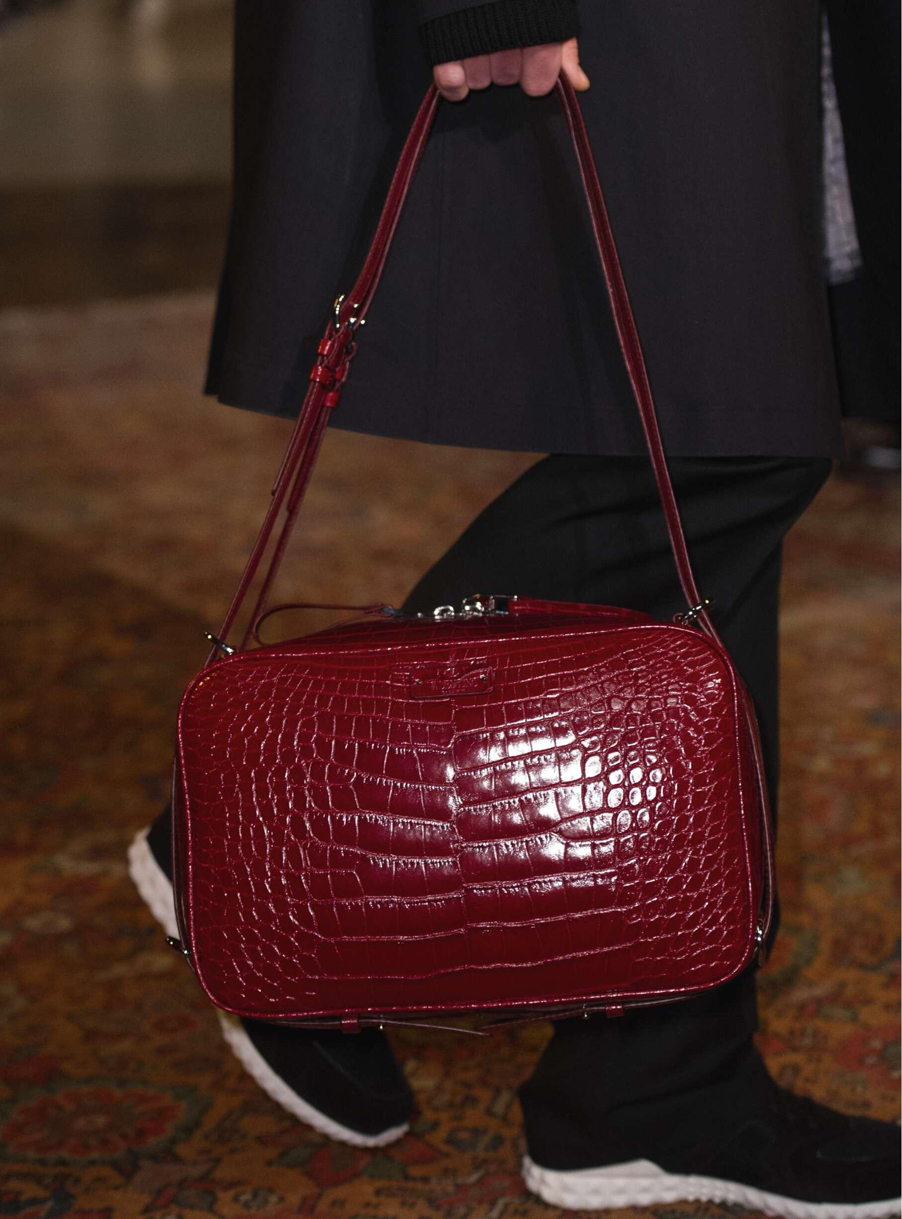 Fashion Man Bag Valentino 2017