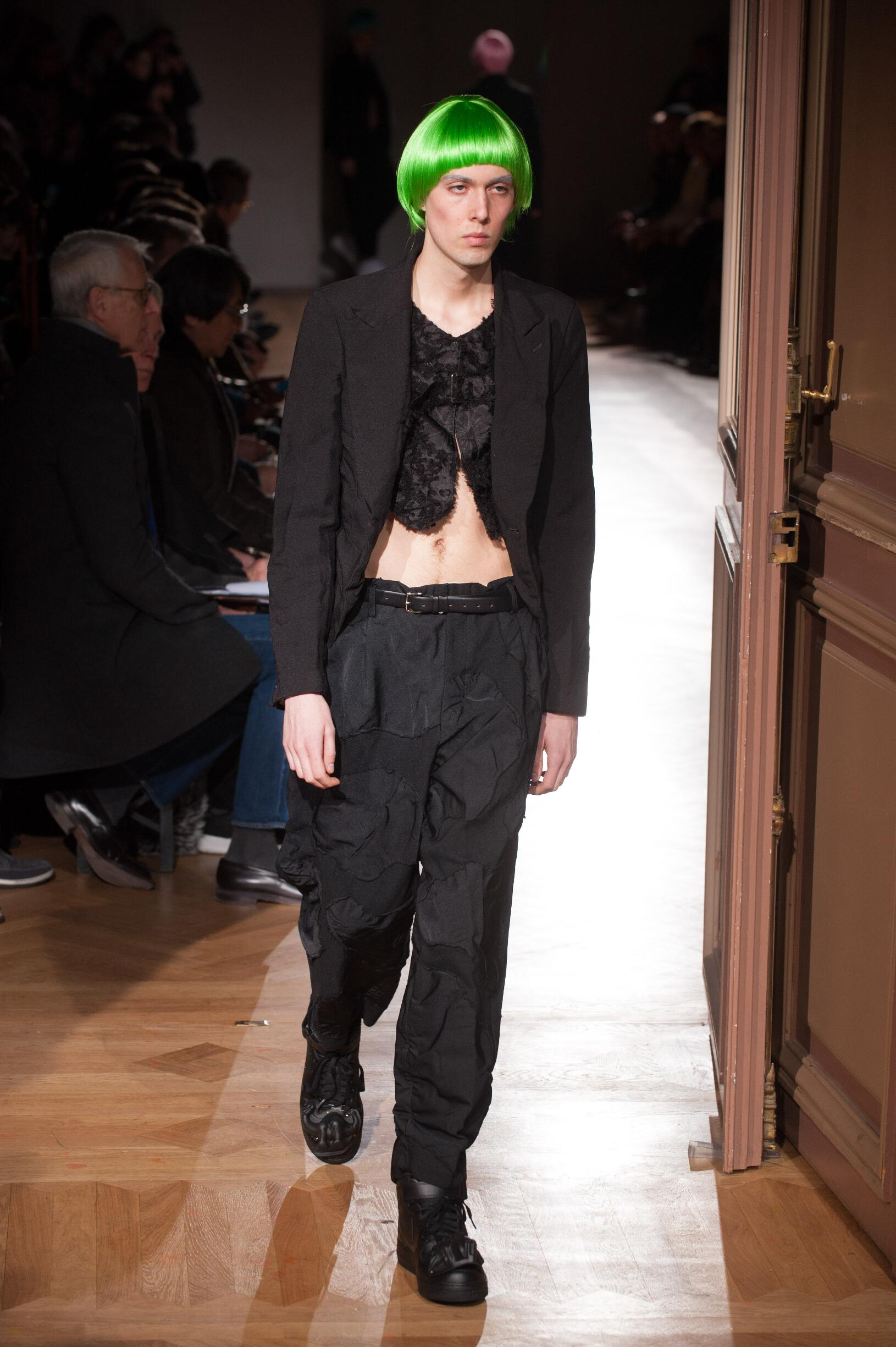 Fashion Man Model Comme des Garçons Homme Plus Catwalk