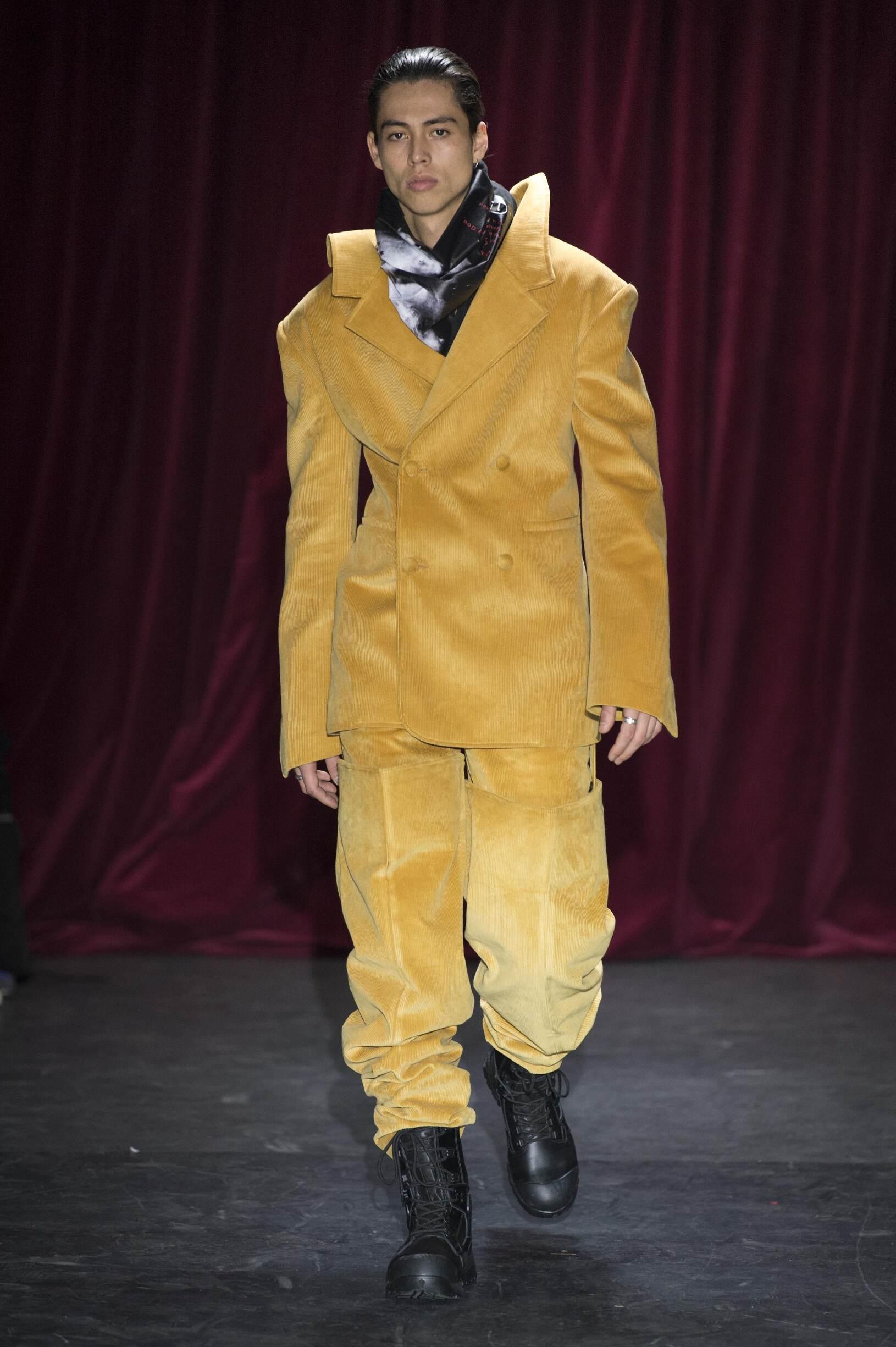 Fashion Man Model Y/Project Catwalk