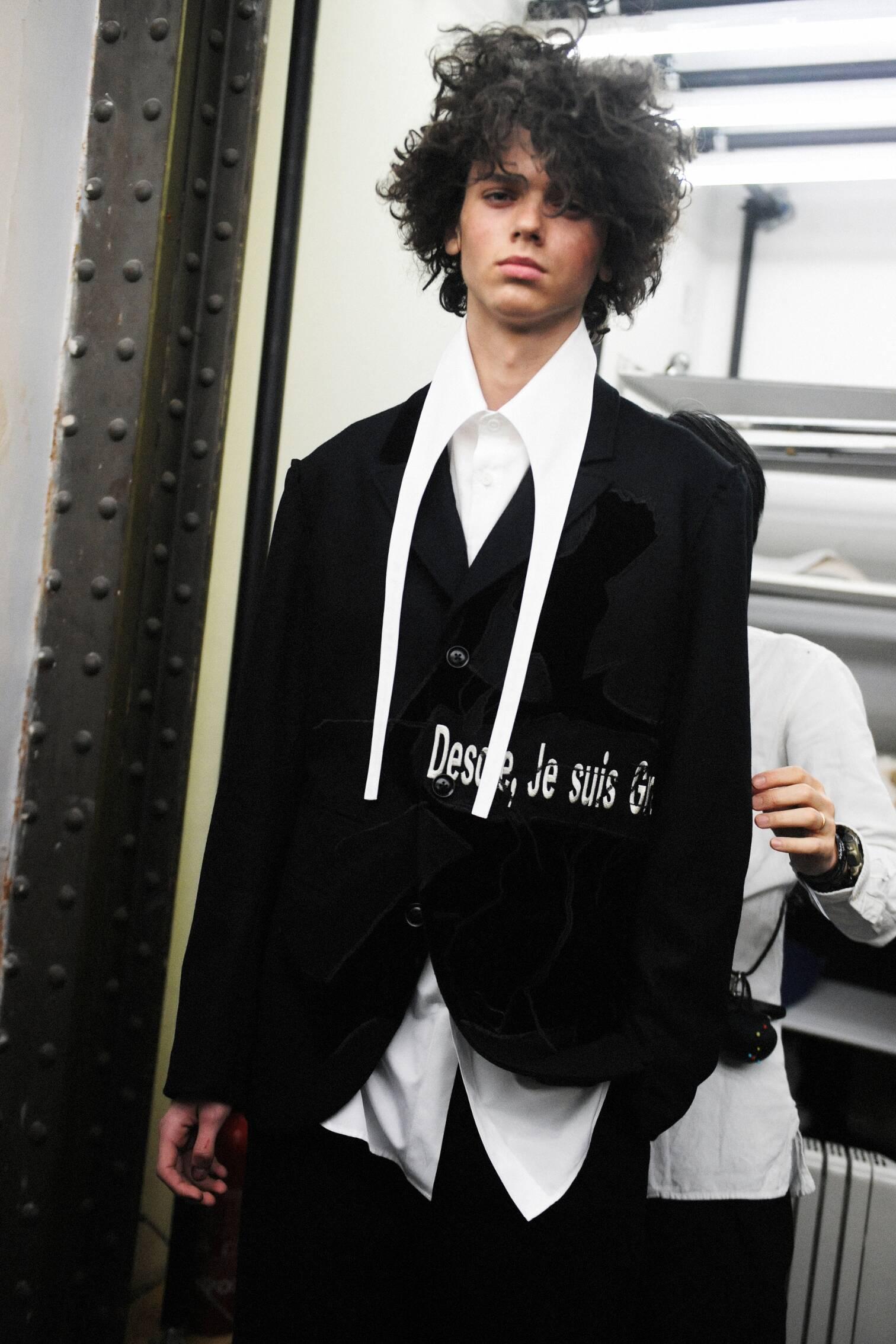 Man Backstage Yohji Yamamoto 2017