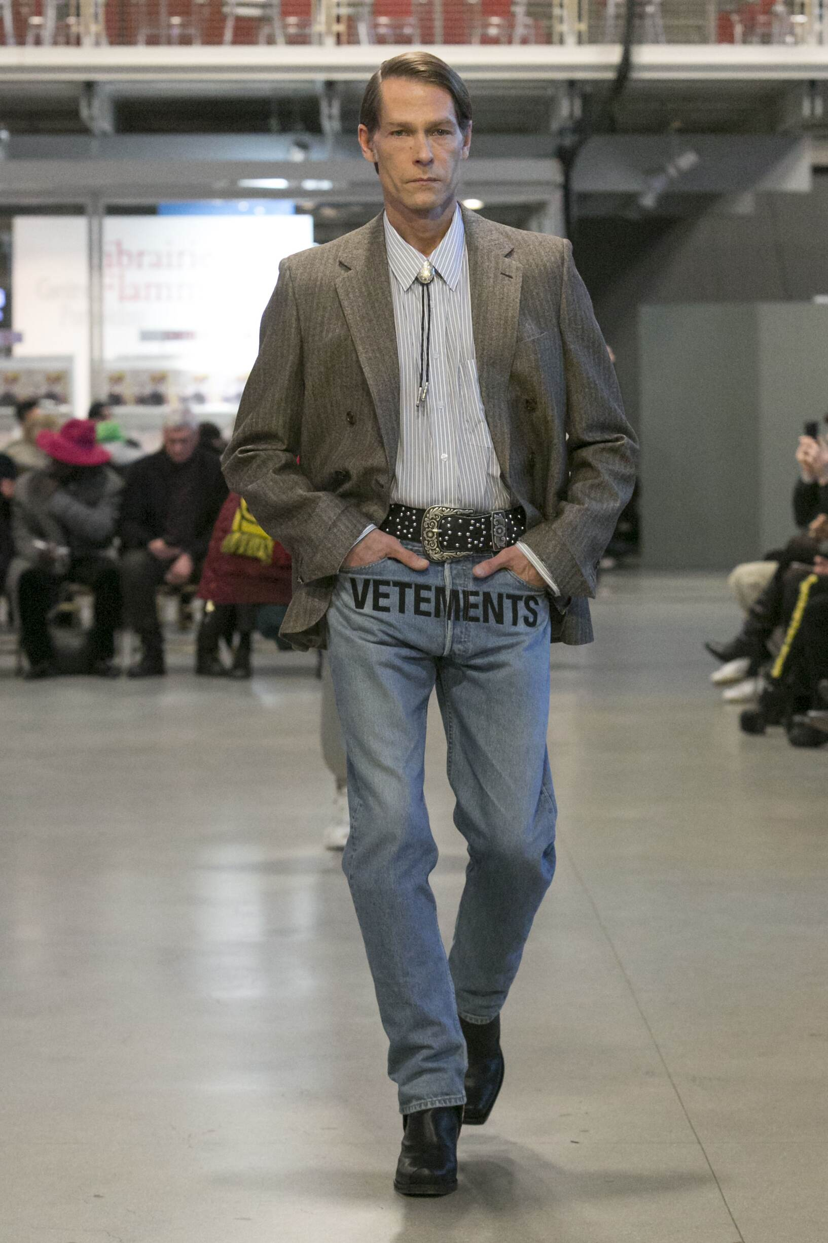Man Catwalk Vetements Winter 2017