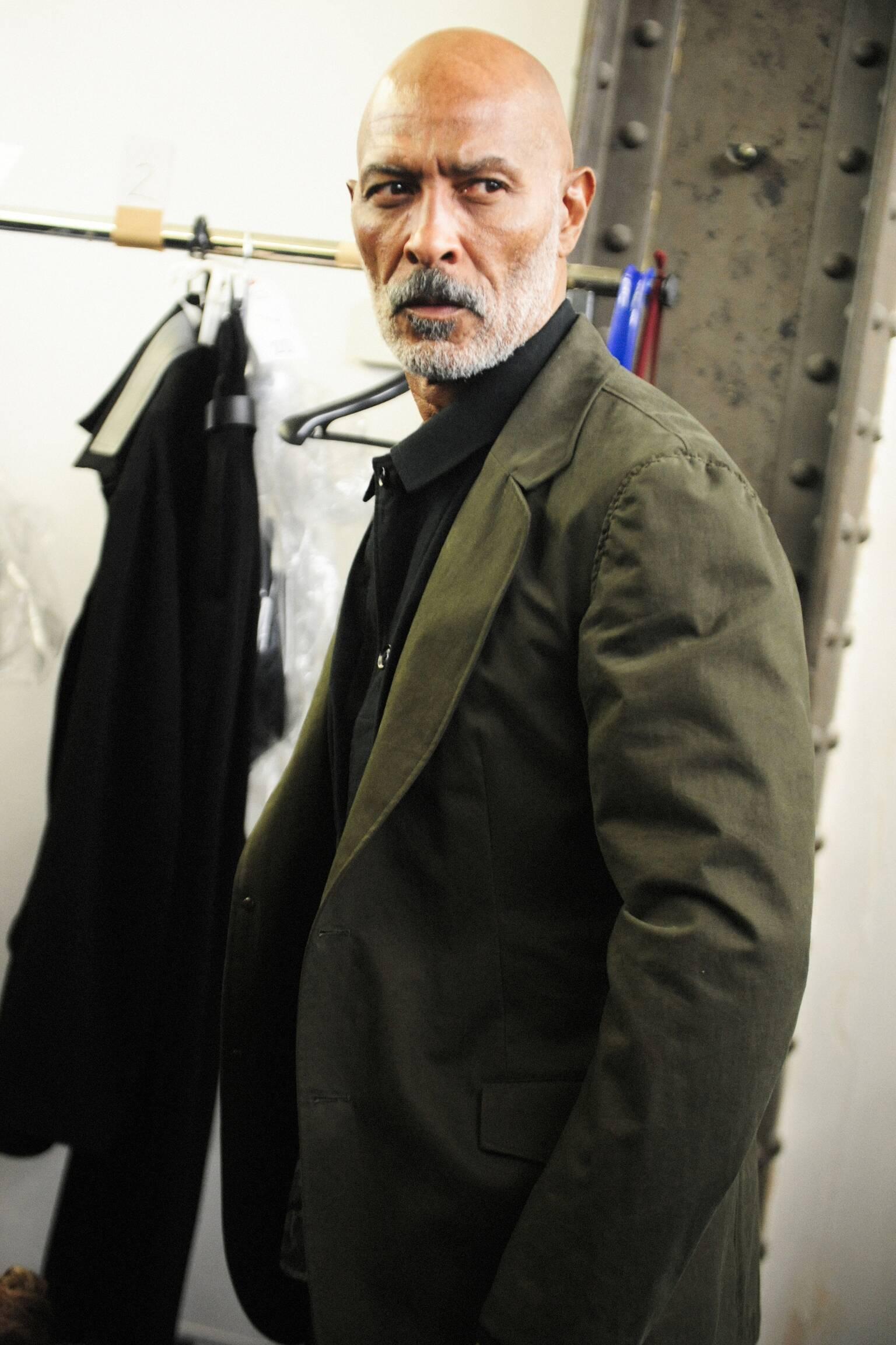 Model Backstage Yohji Yamamoto Paris Fashion Week