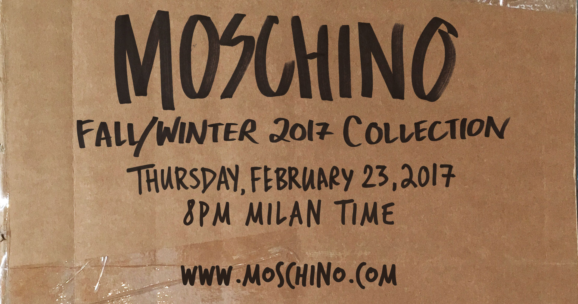 Moschino Fall Winter 2017-18 Fashion Show Live Streaming