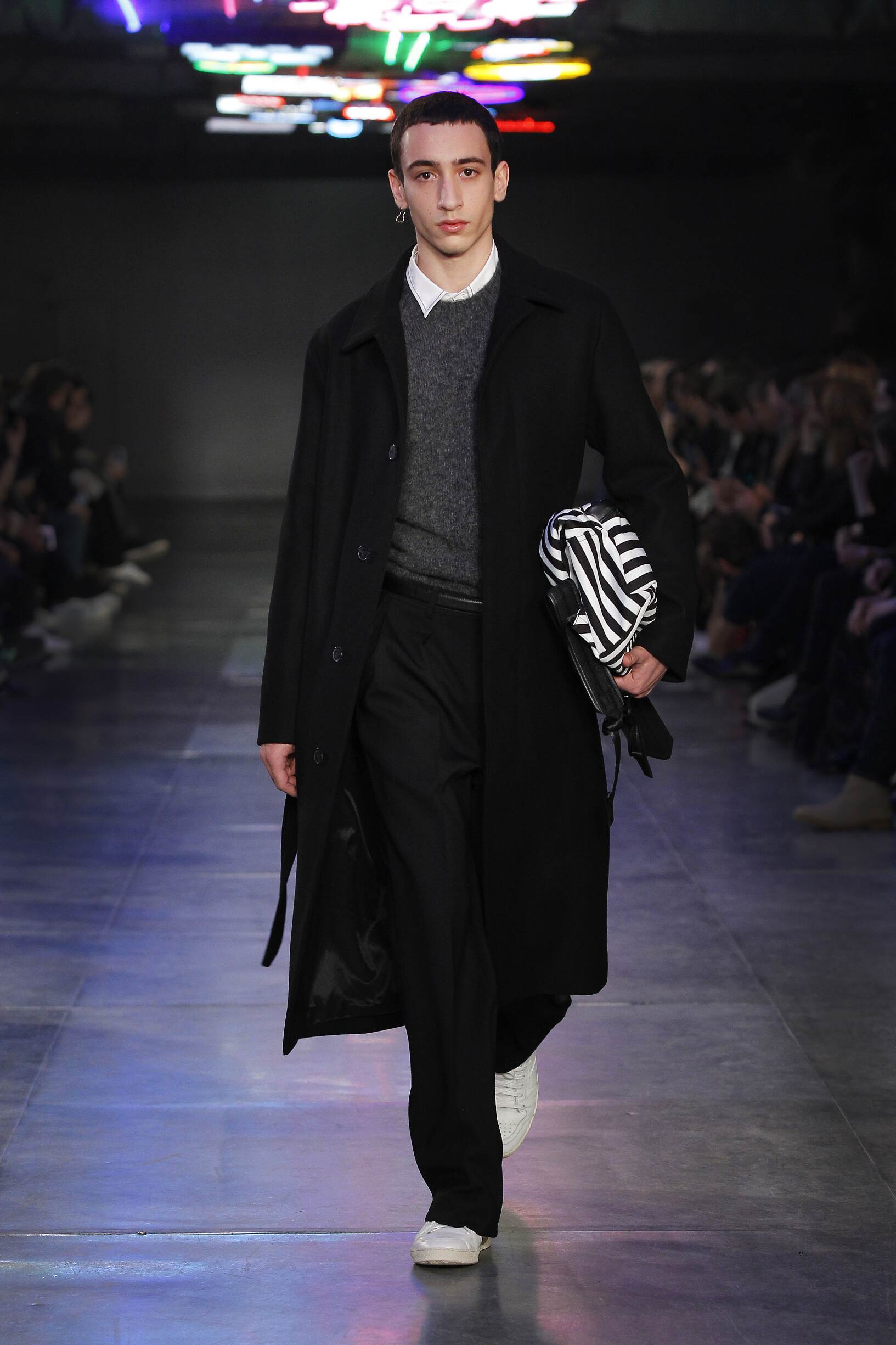 Runway Ami Fall Winter 2017 Men's Collection Paris Fashion Week