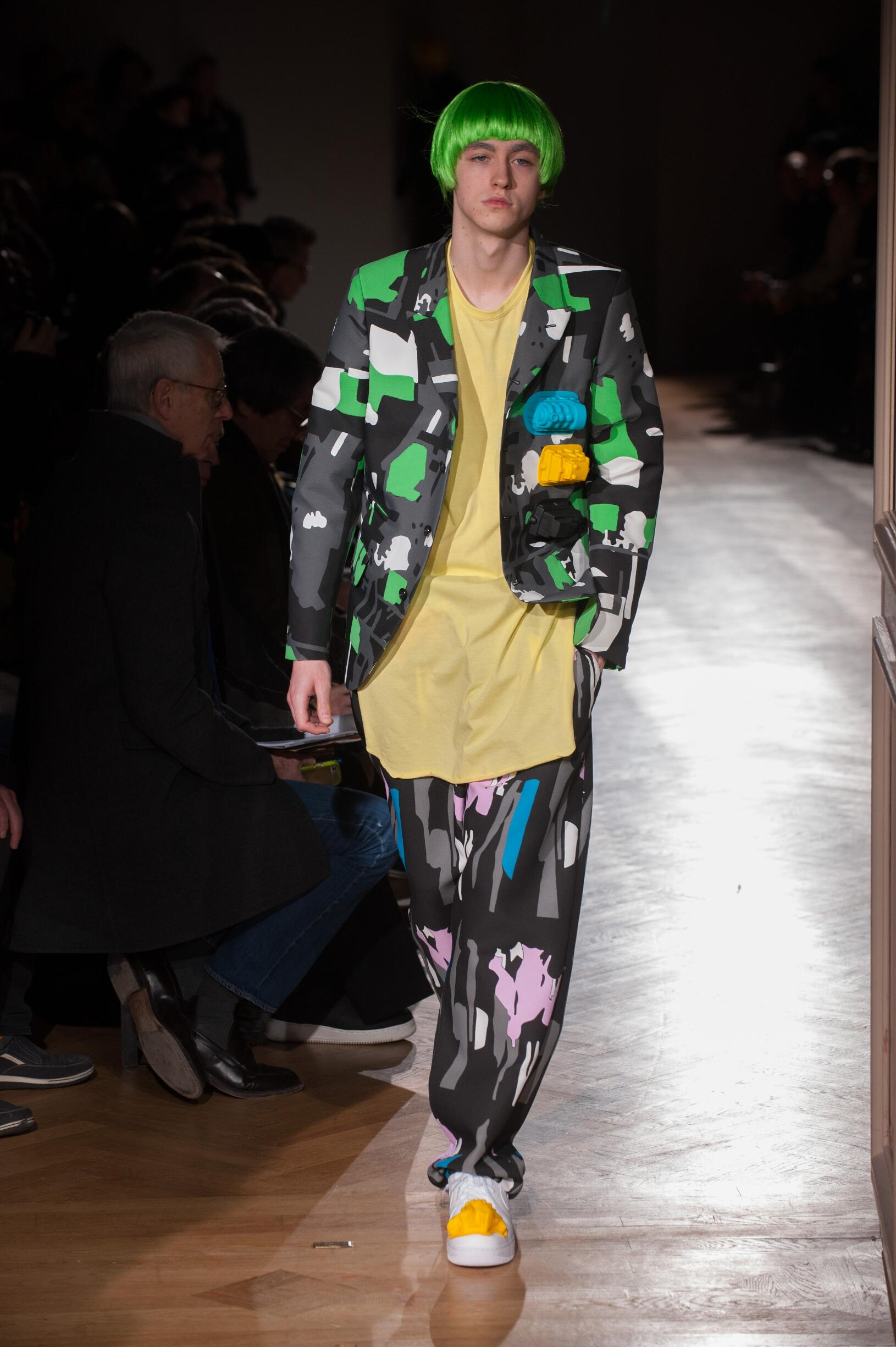 Runway Comme des Garçons Homme Plus Fall Winter 2017 Men's Collection Paris Fashion Week