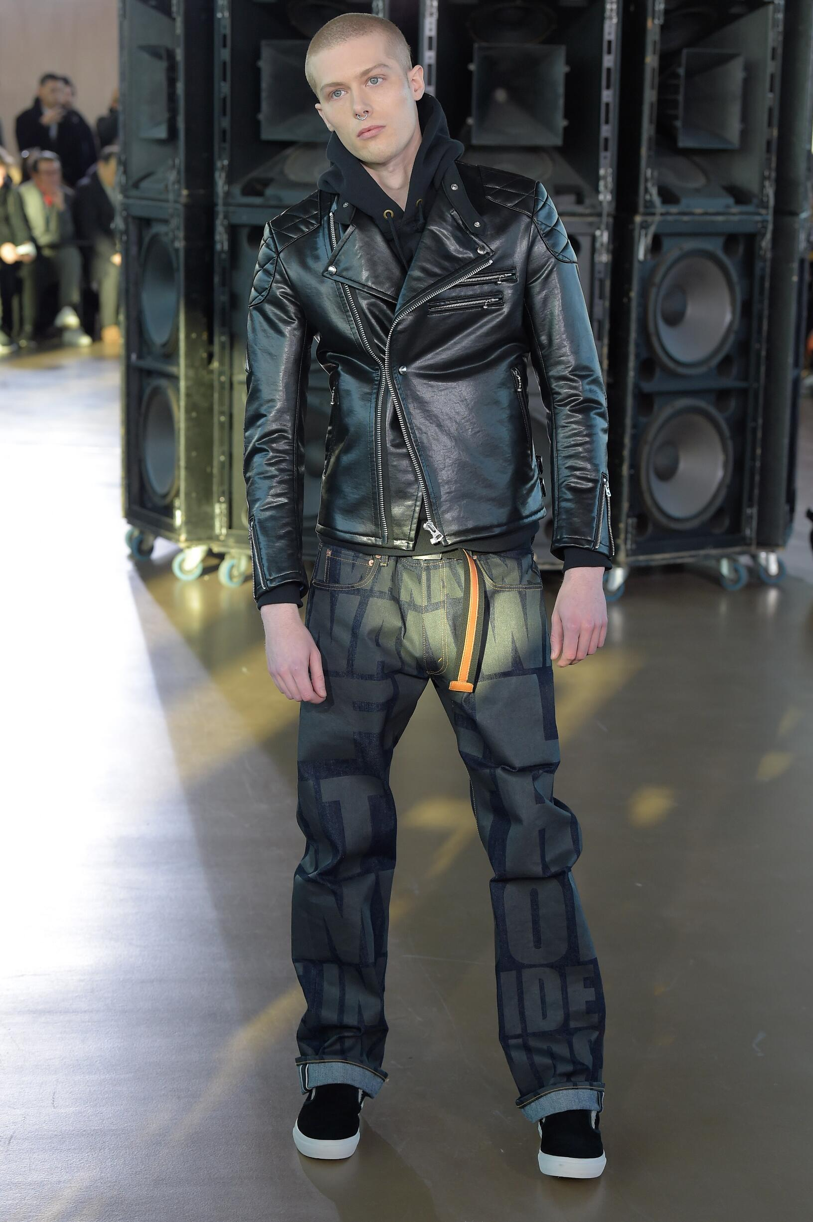 Runway Junya Watanabe Fall Winter 2017 Men's Collection Paris Fashion Week