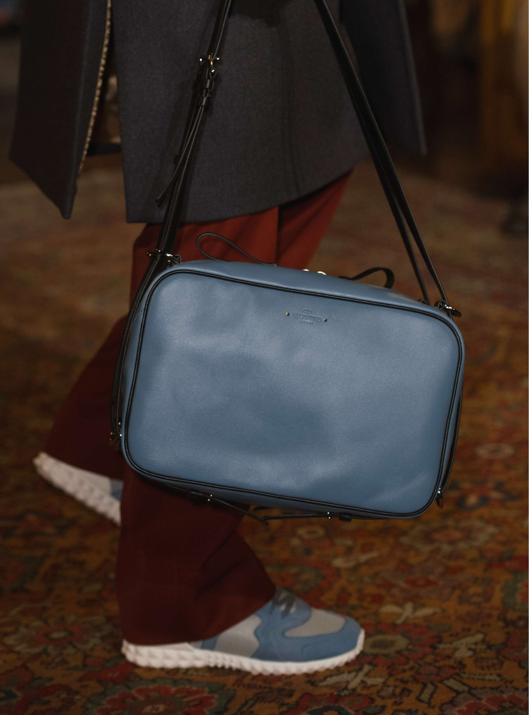 Winter 2017 Bag Man Trends Valentino