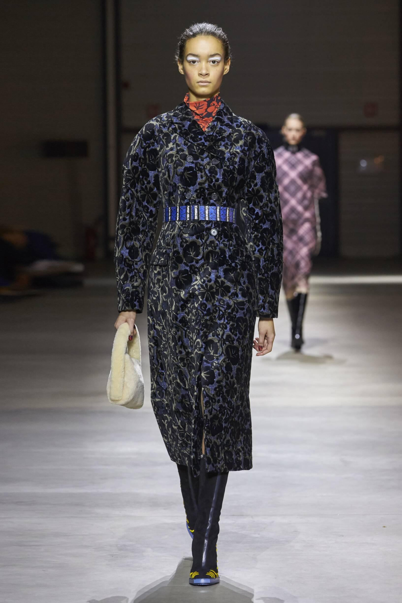 Women FW 2017-18 Kenzo Fashion Show Paris
