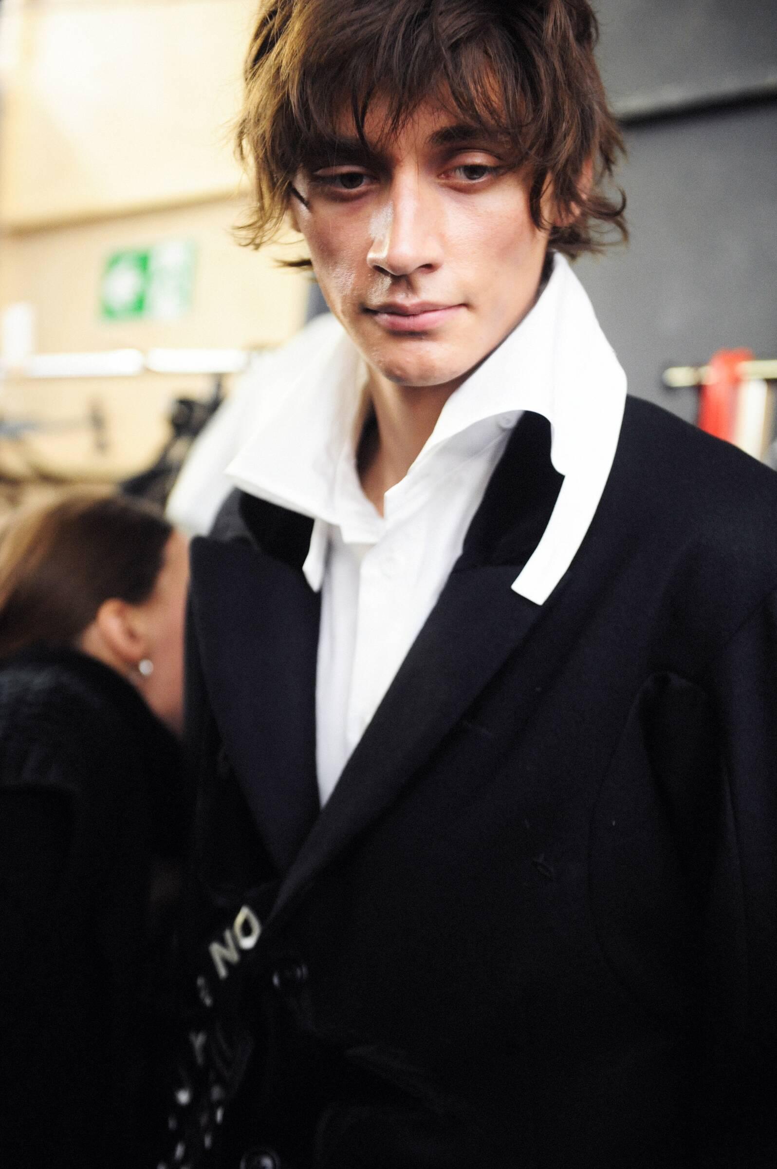 Yohji Yamamoto Backstage 2017 Paris Model Man