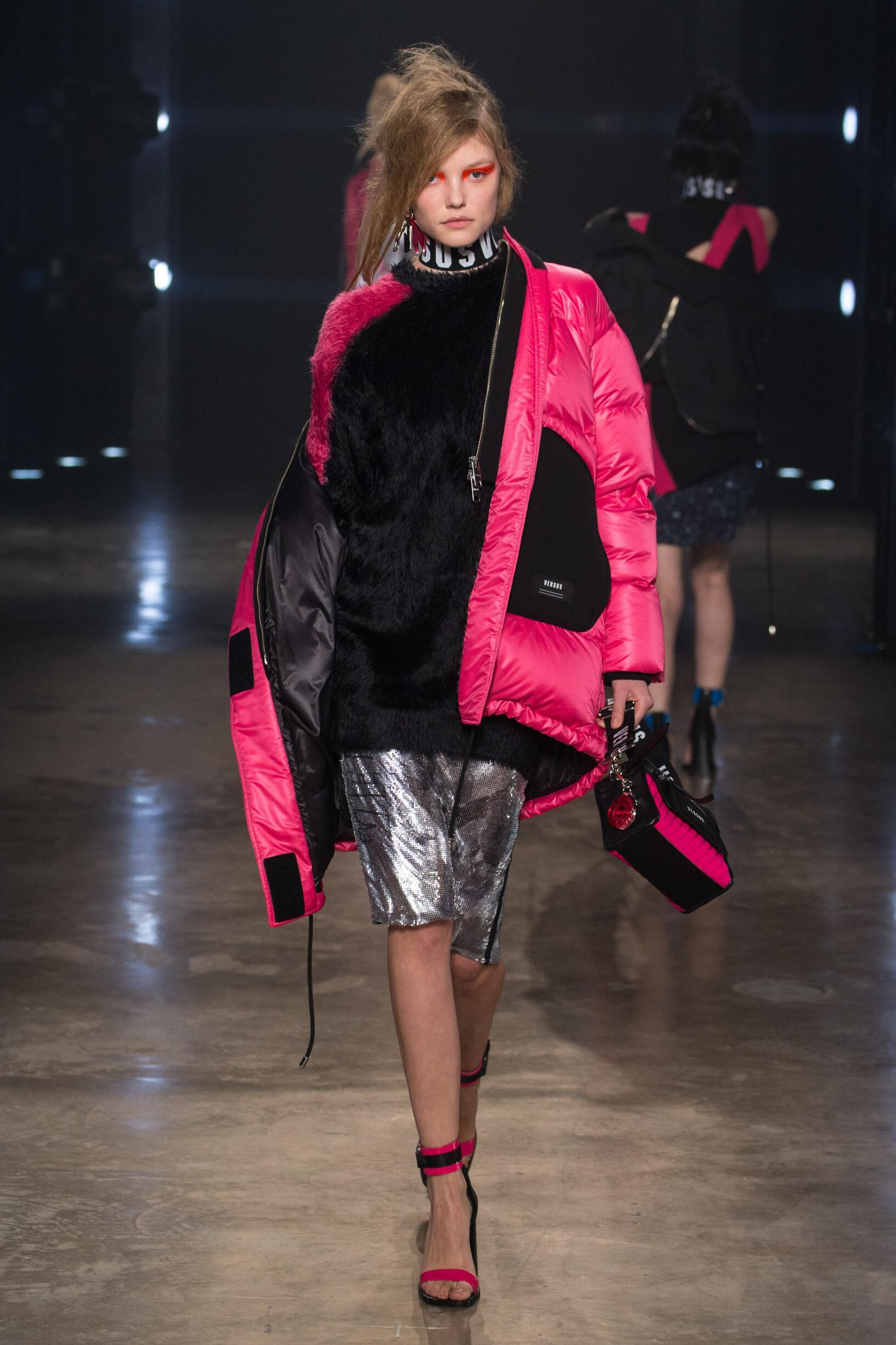 2017 Catwalk Versus Versace