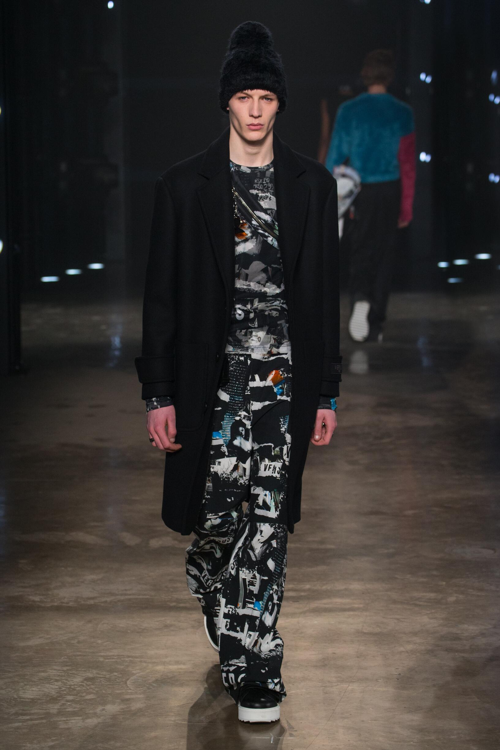 2017 Versus Versace Winter Catwalk