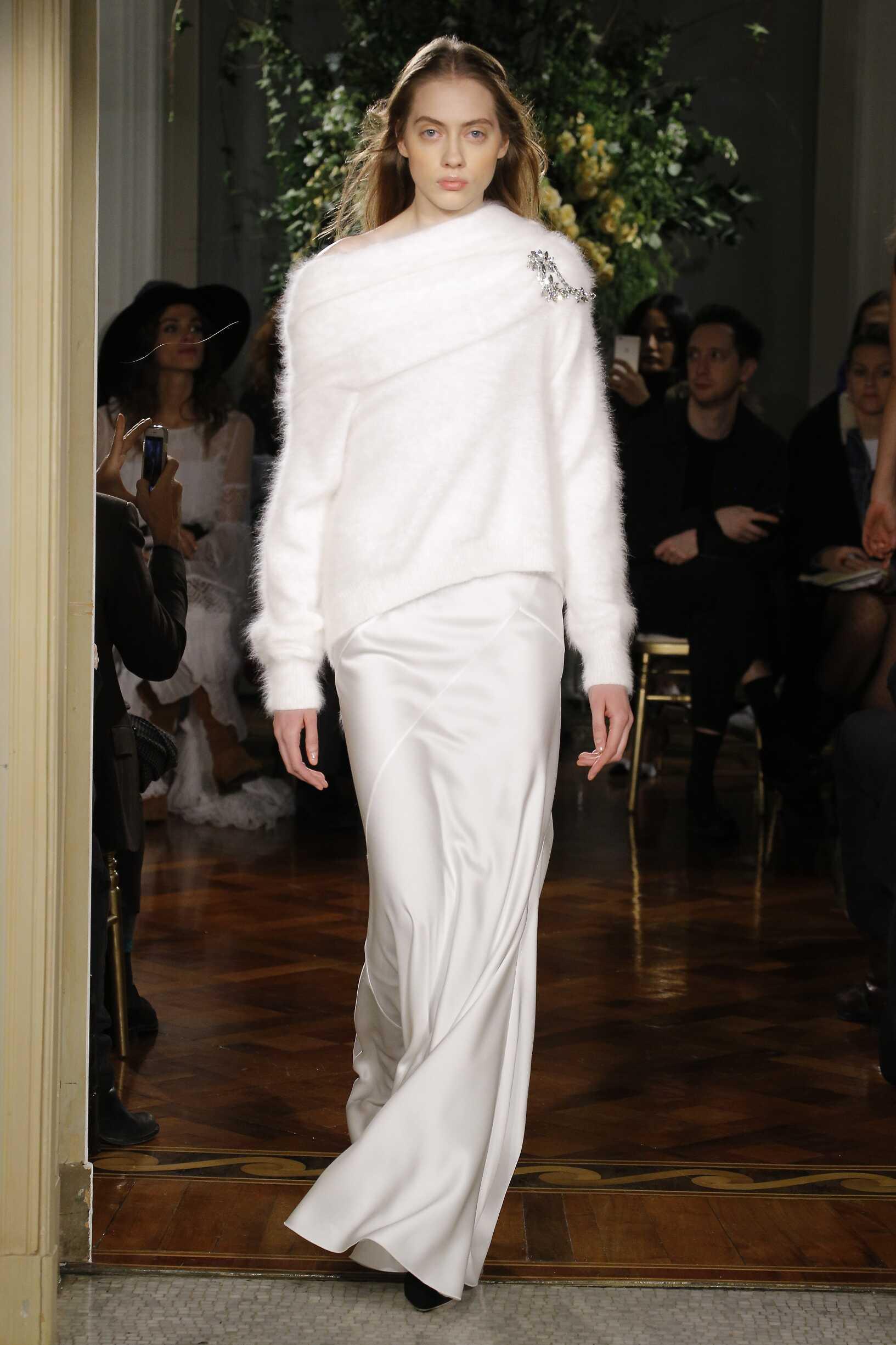 Alberta Ferretti Limited Edition Fashion Show