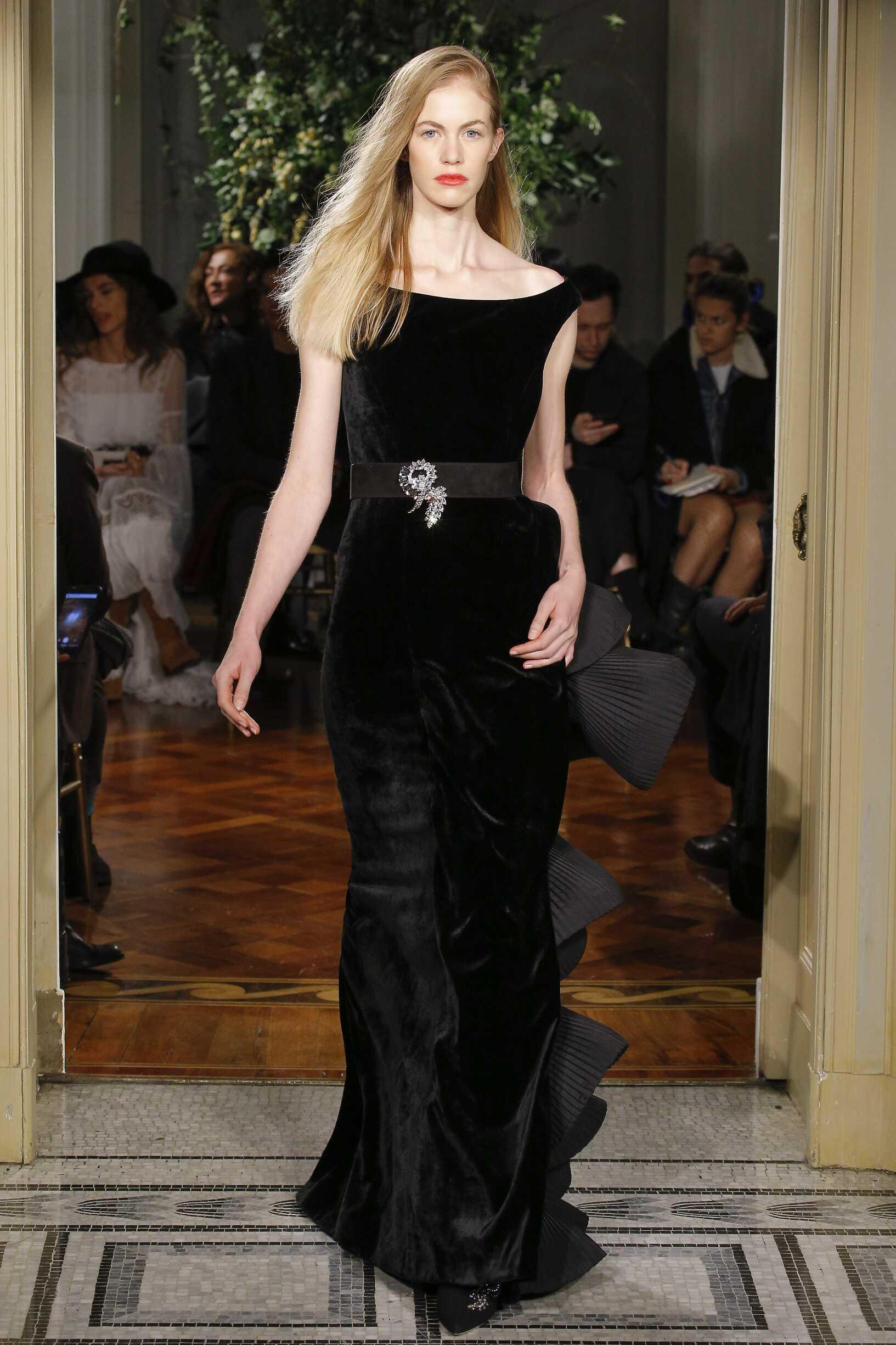 Alberta Ferretti Limited Edition Woman Catwalk