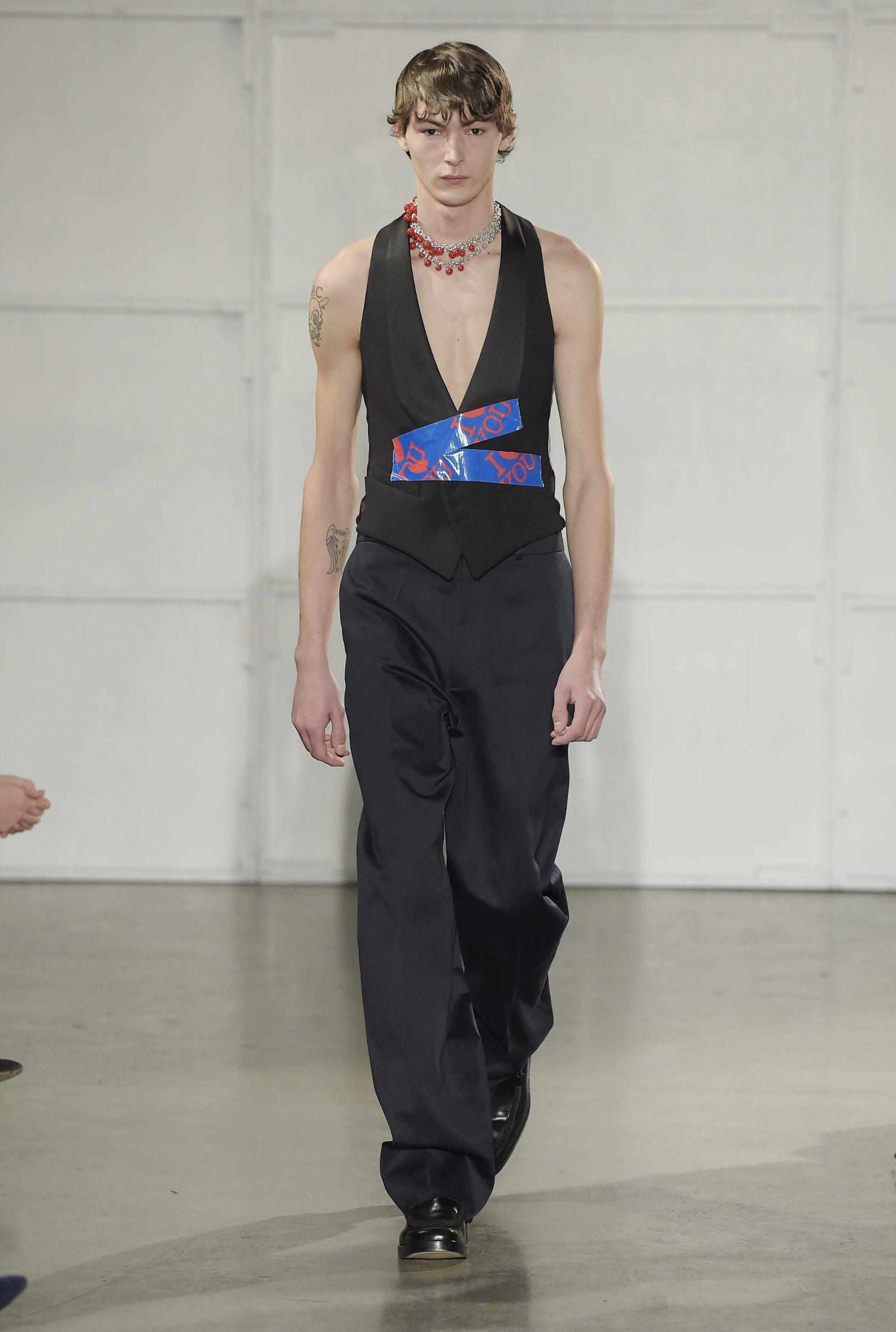 Catwalk Raf Simons Man Fashion Show Winter 2017