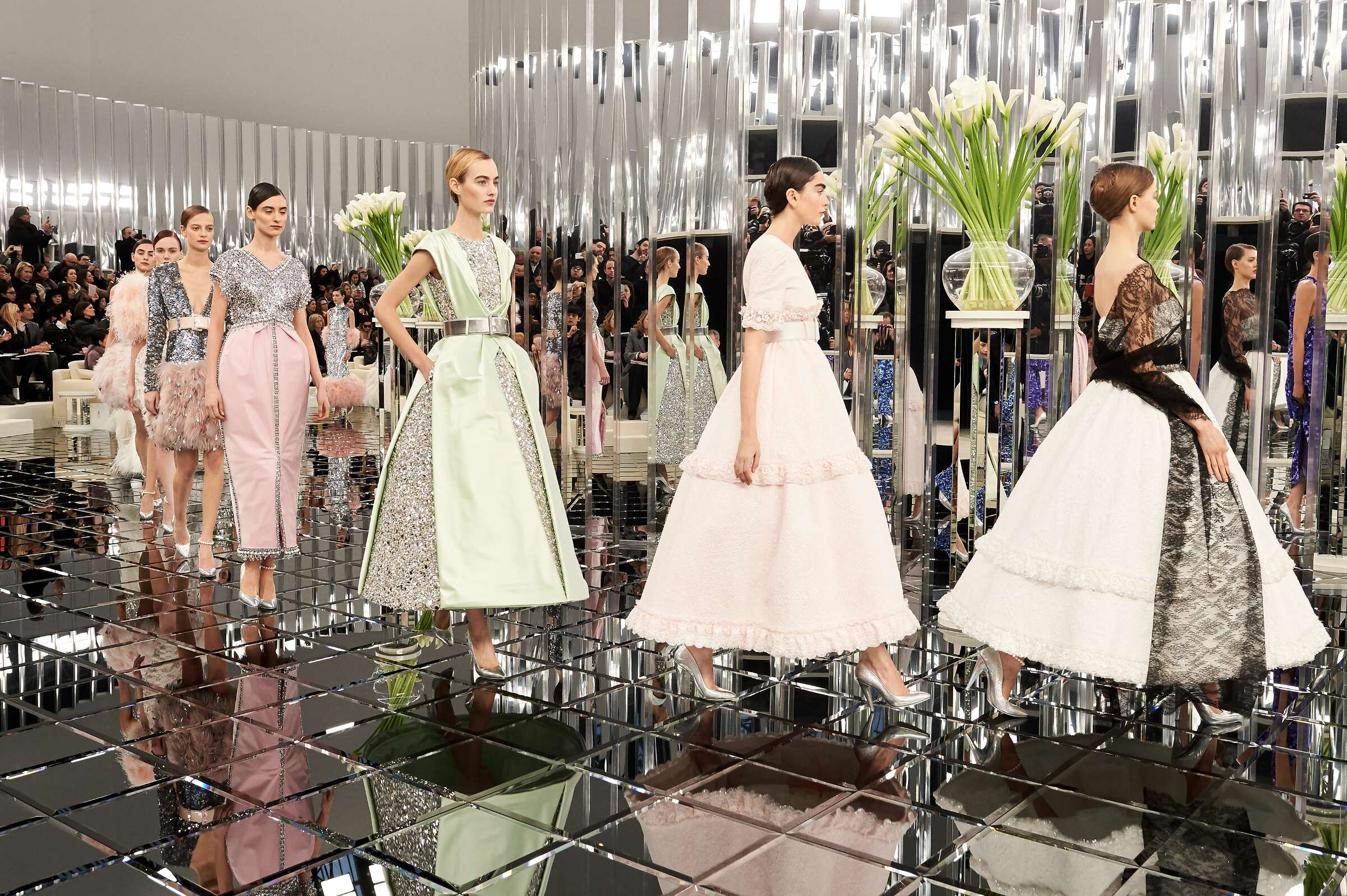 Chanel Haute Couture Finale Women 2017