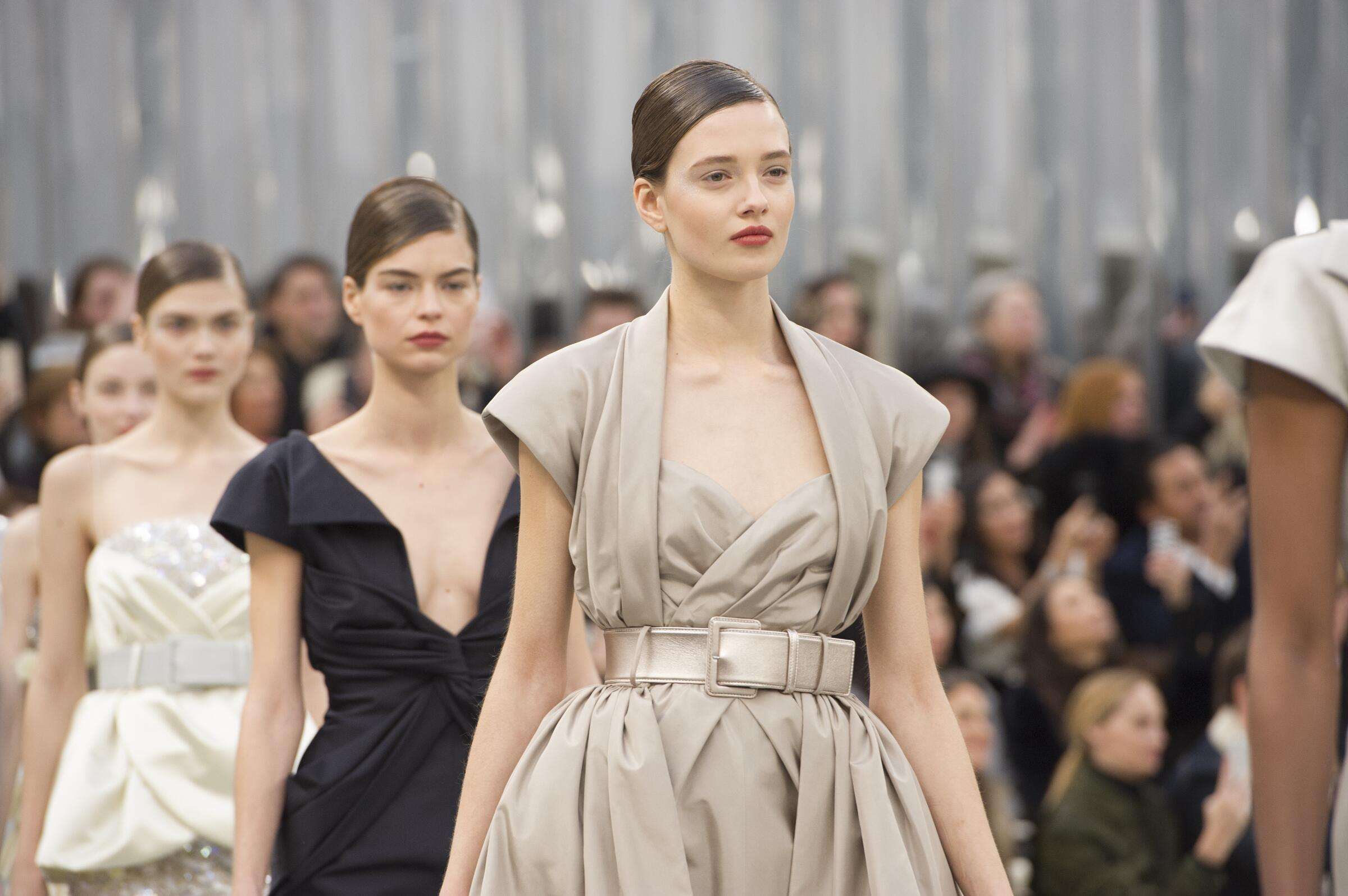 Chanel Haute Couture Womens Fashion Show Details