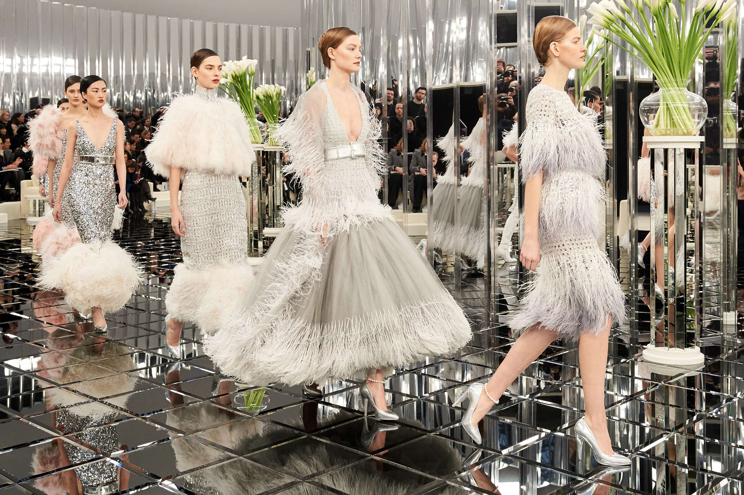 Chanel Haute Couture Womens Finale